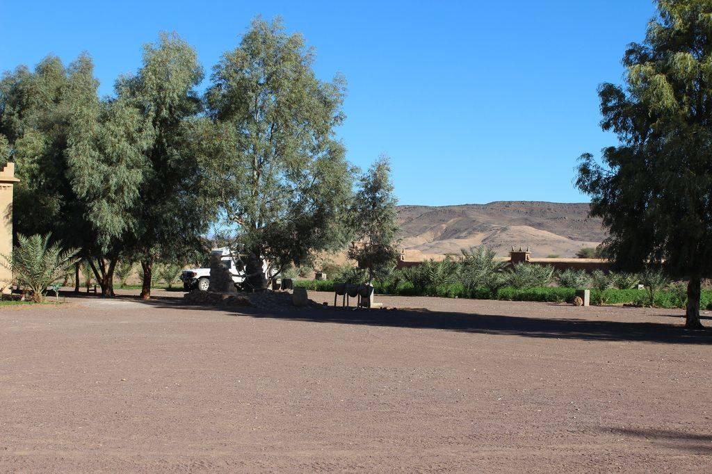 Photo 1: Tazzarine Camp Serdrar