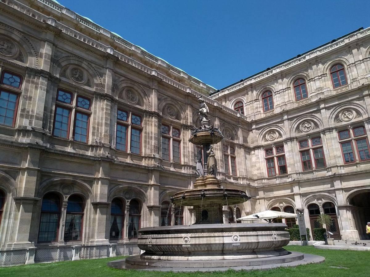 Photo 3: Se régaler Végan à deux pas de l'Opéra de Vienne