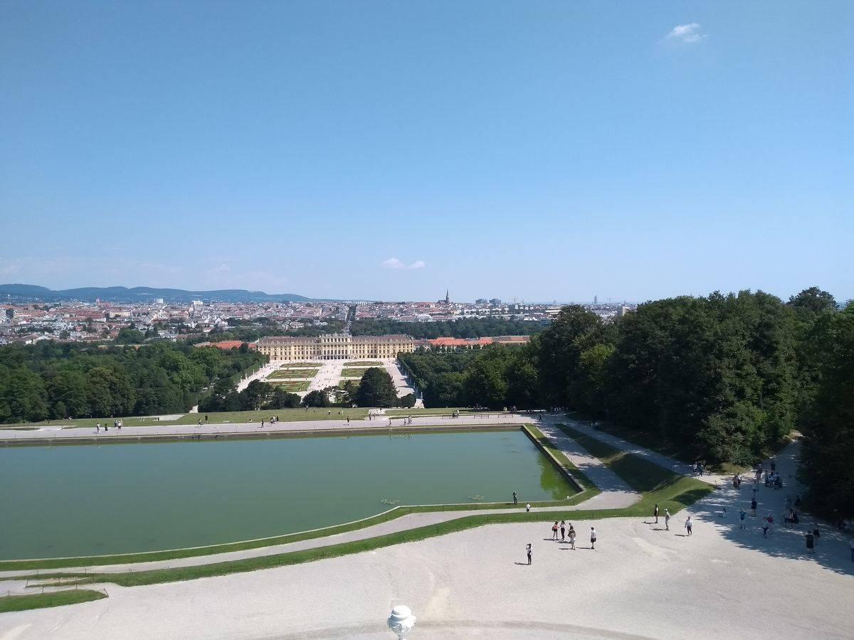 Photo 2: Le palace de Sissi l'impératrice ! Le château de Schönbrunn !