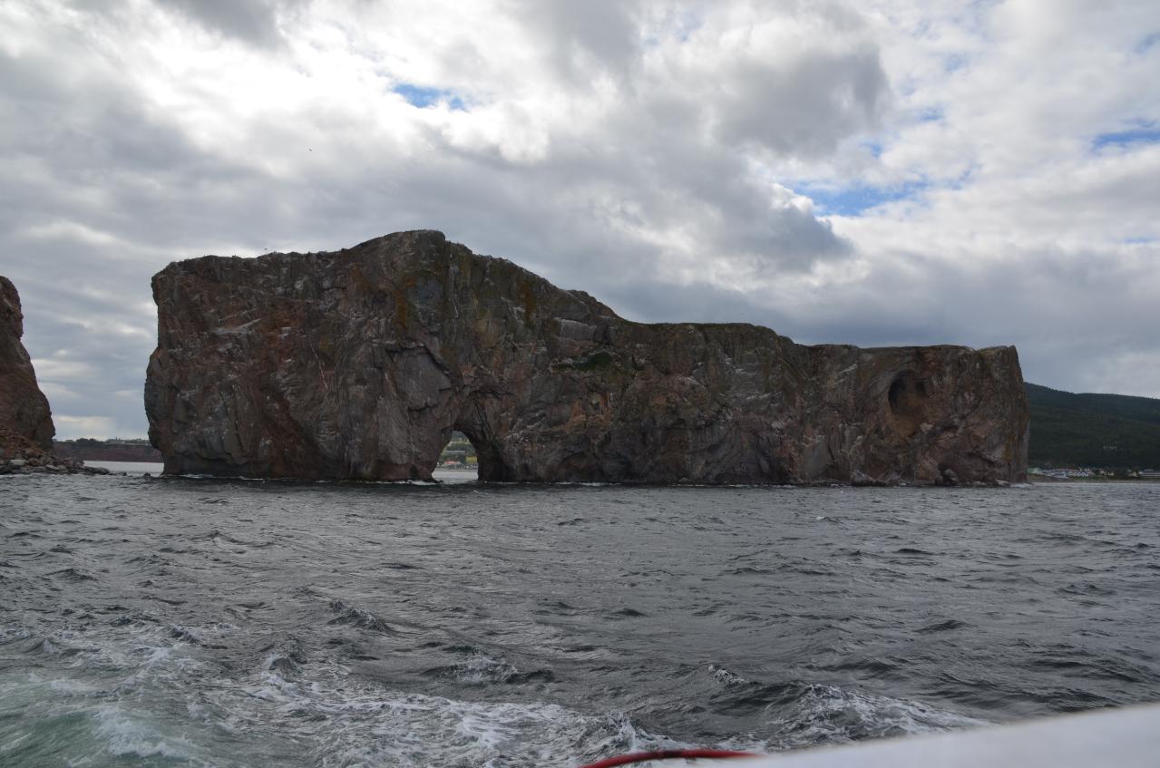 Photo 3: Percé et son rocher, Gaspésie