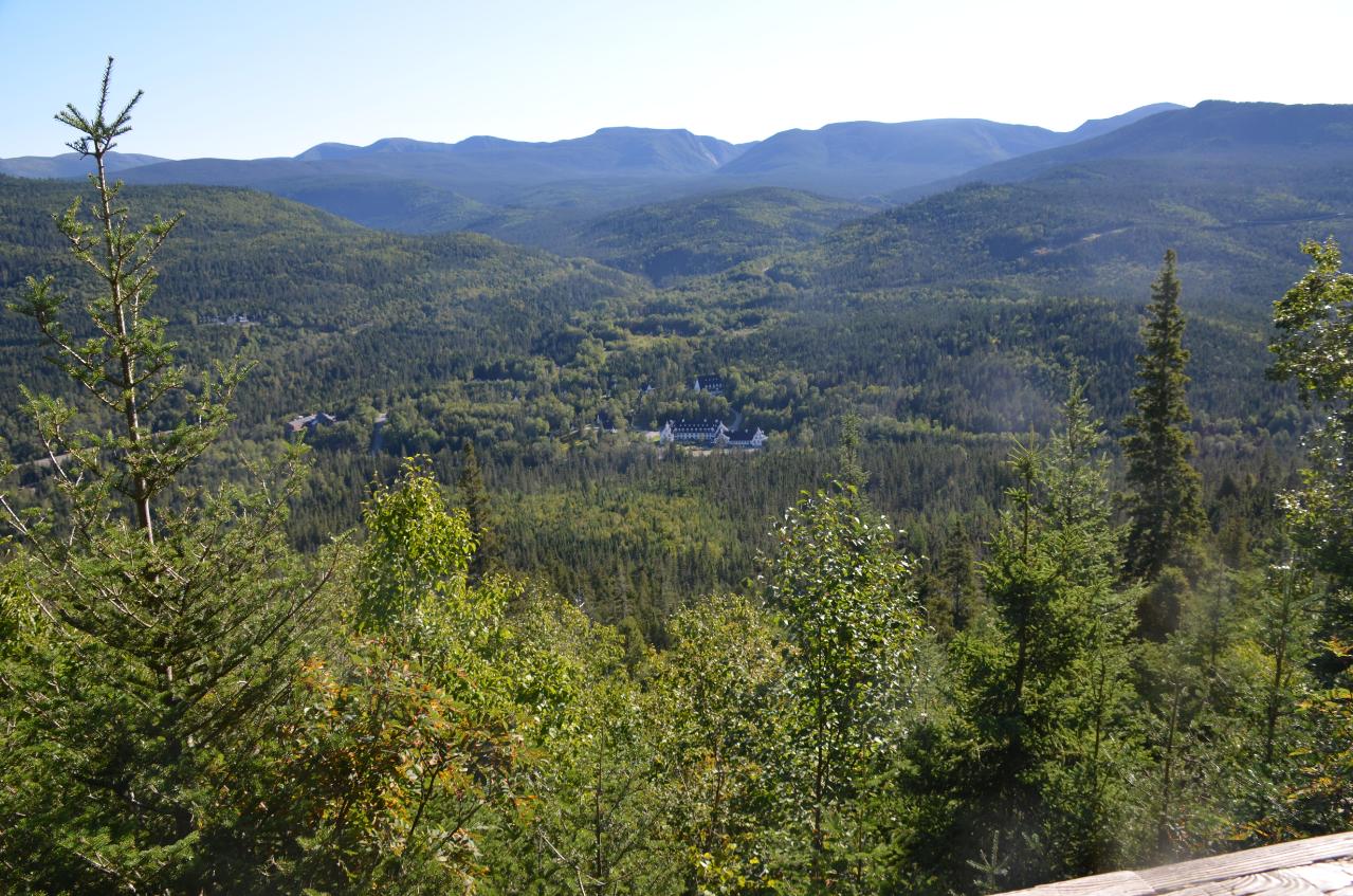 Photo 1: Parc de la Gaspésie et le Mont-Albert