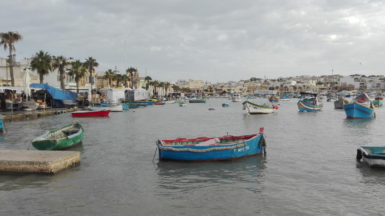 Photo 1: Marsaxlokk, charmant port de pêche, Malte