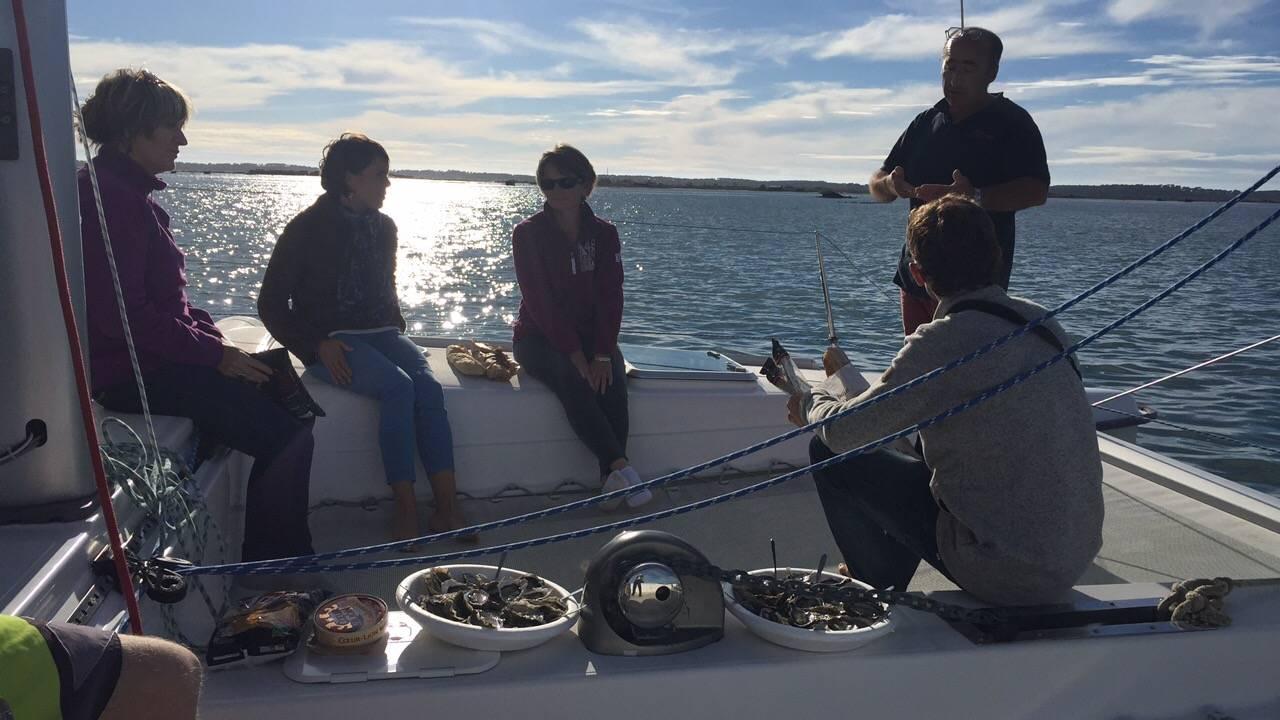 Photo 2: Promenade en catamaran, cap vers l'île aux oiseaux !