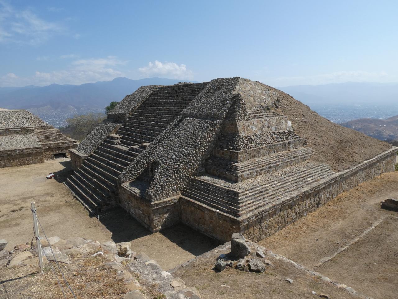 Photo 1: Monte Alban, le grand centre Zapothèque, Mexique