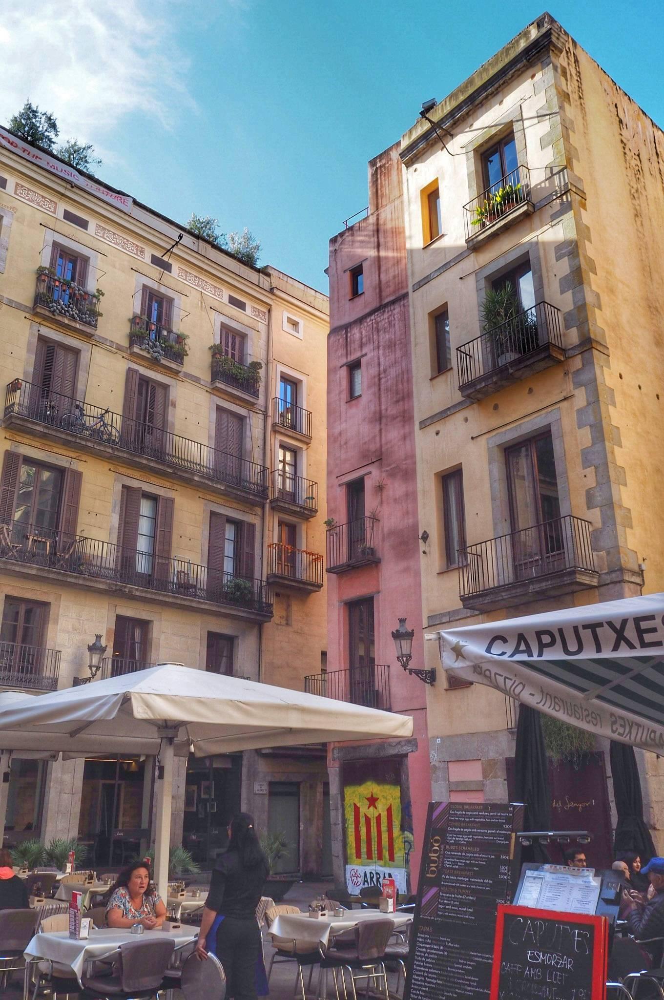Photo 2: El Barrio Gotico !