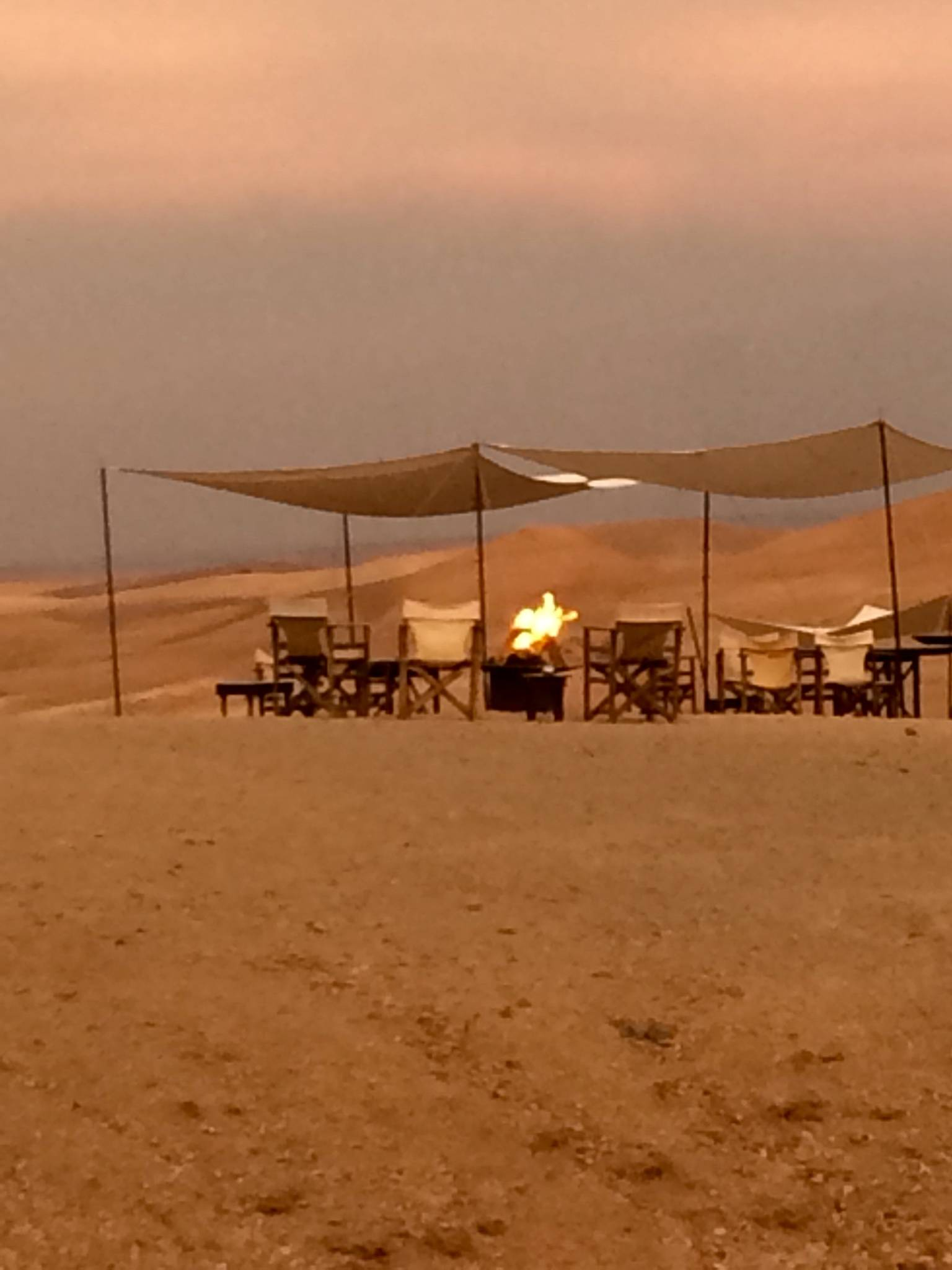 Photo 1: Une nuit dans le désert