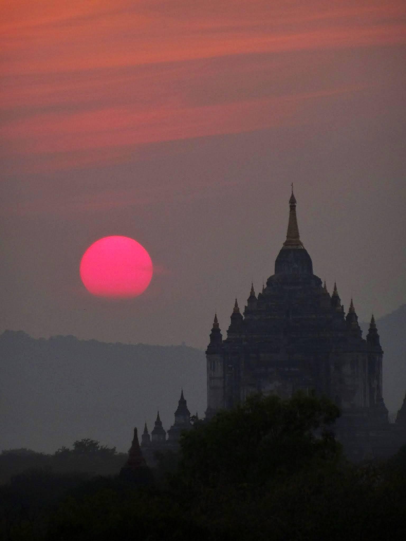 Photo 1: Bagan, l'incontournable site de la Birmanie