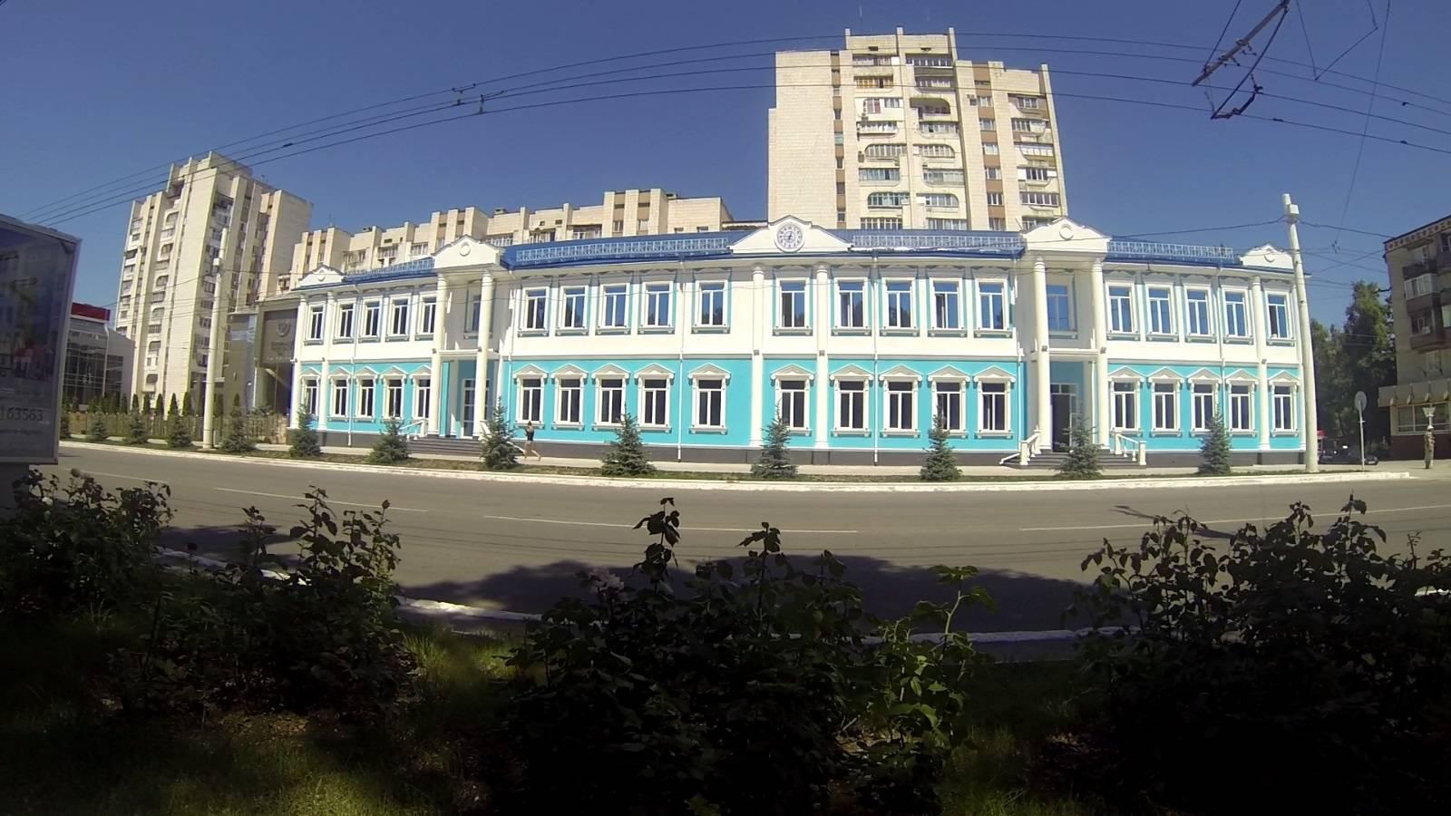 Photo 3: Tiraspol, capitale de la Transnistrie, le dernier pays d'URSS