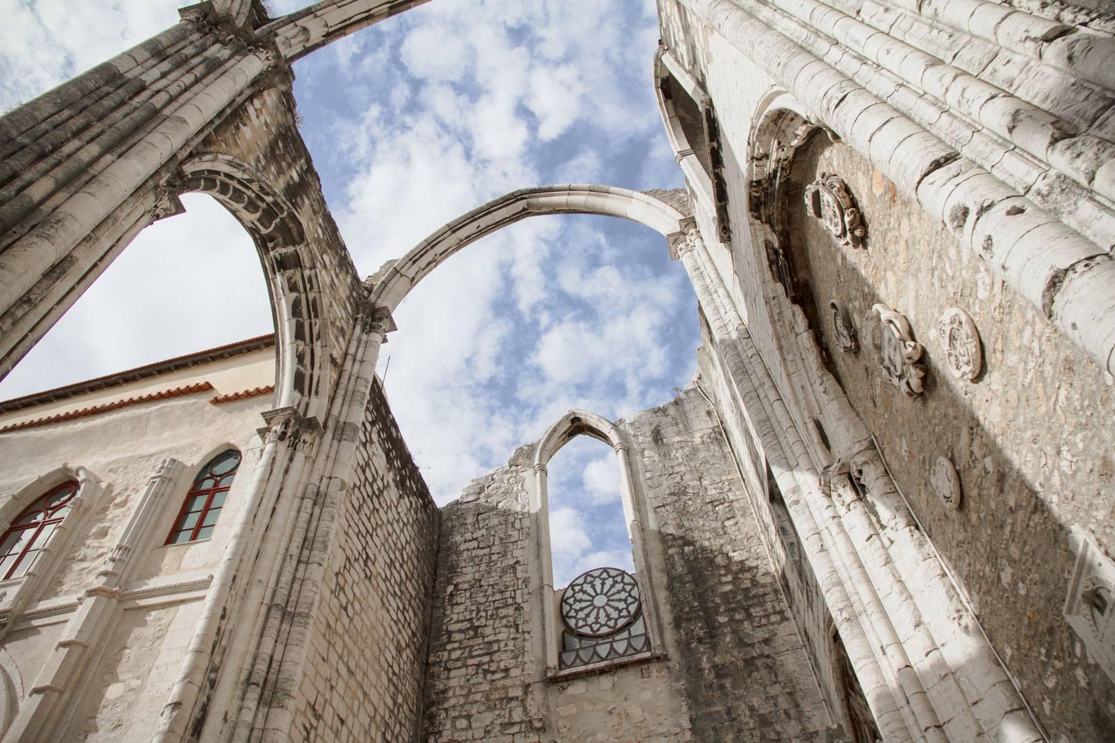 Photo 2: Le couvent des carmes - Lisbonne