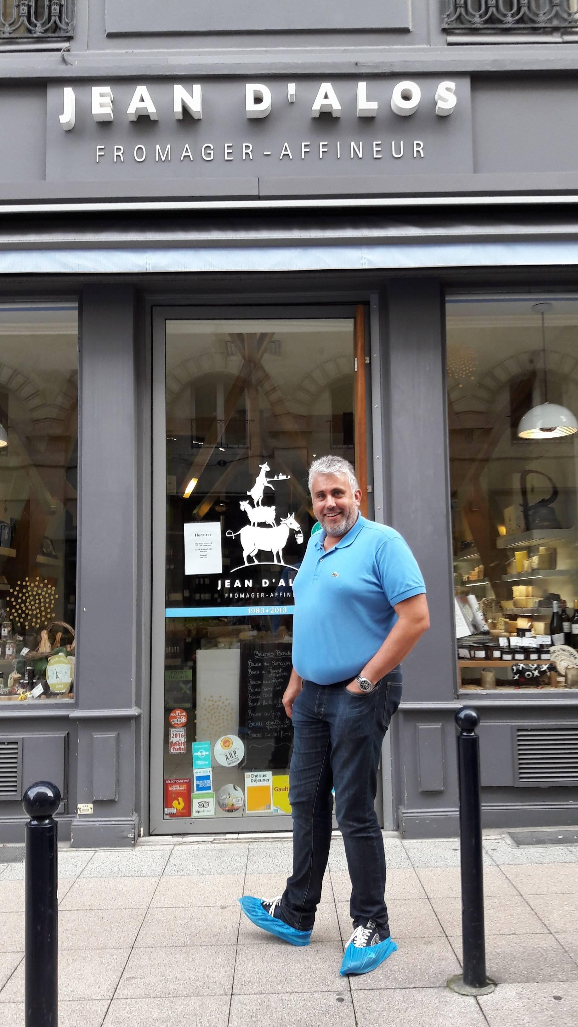 Photo 1: Jean d'Alos, le fromager de Bordeaux !