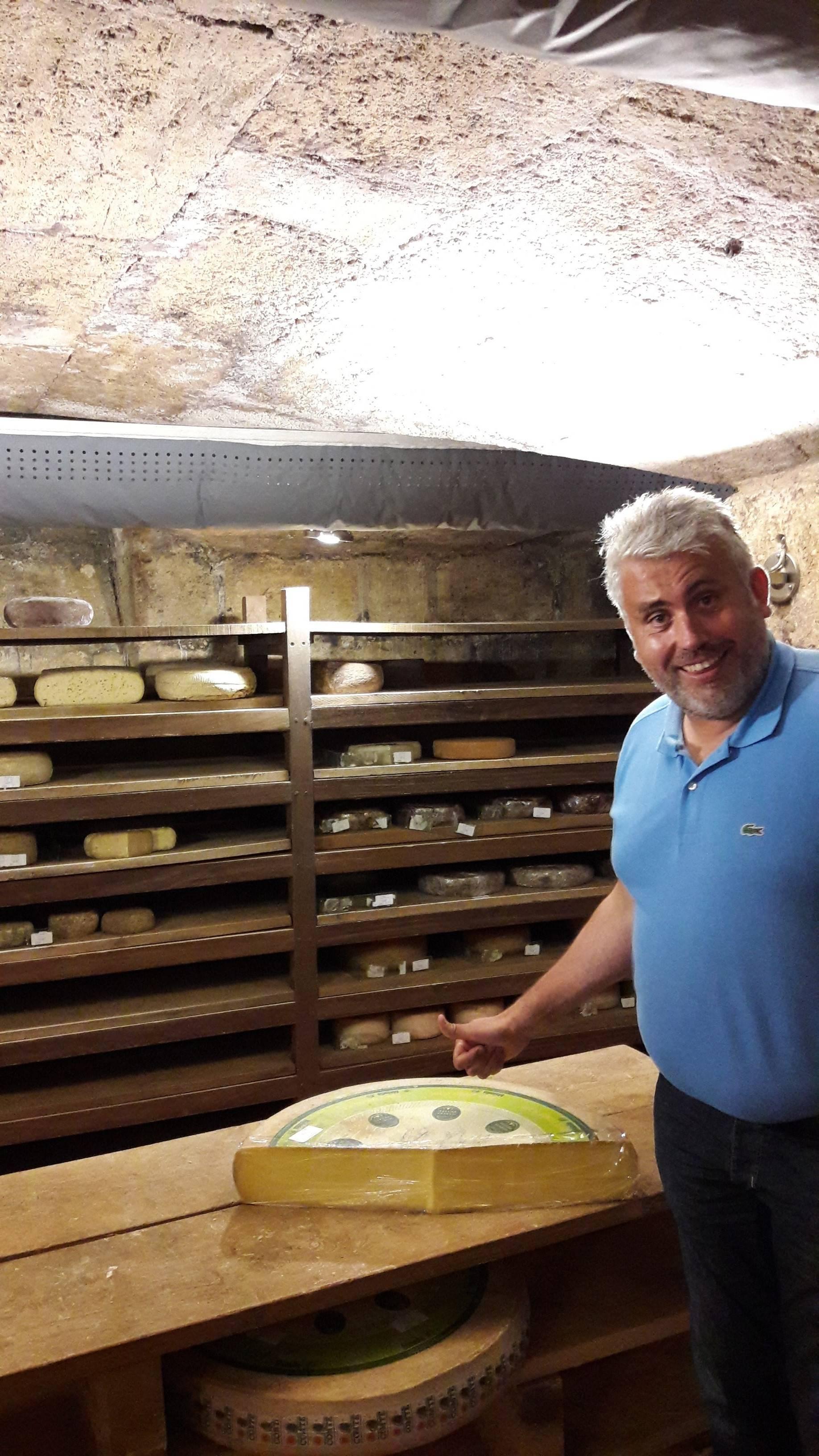 Photo 2: Jean d'Alos, le fromager de Bordeaux !