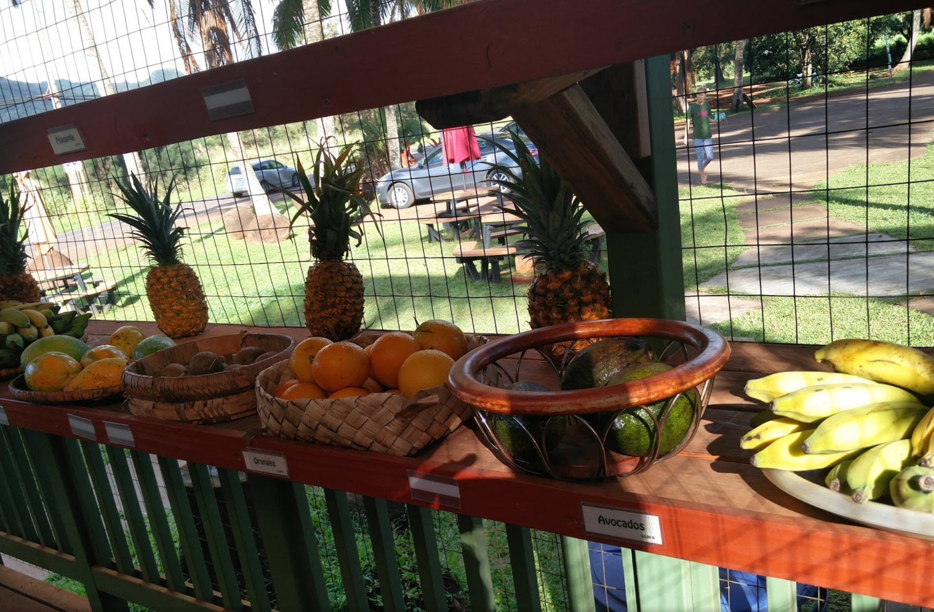 Photo 3: Moloaa Sunrise Fruit stand