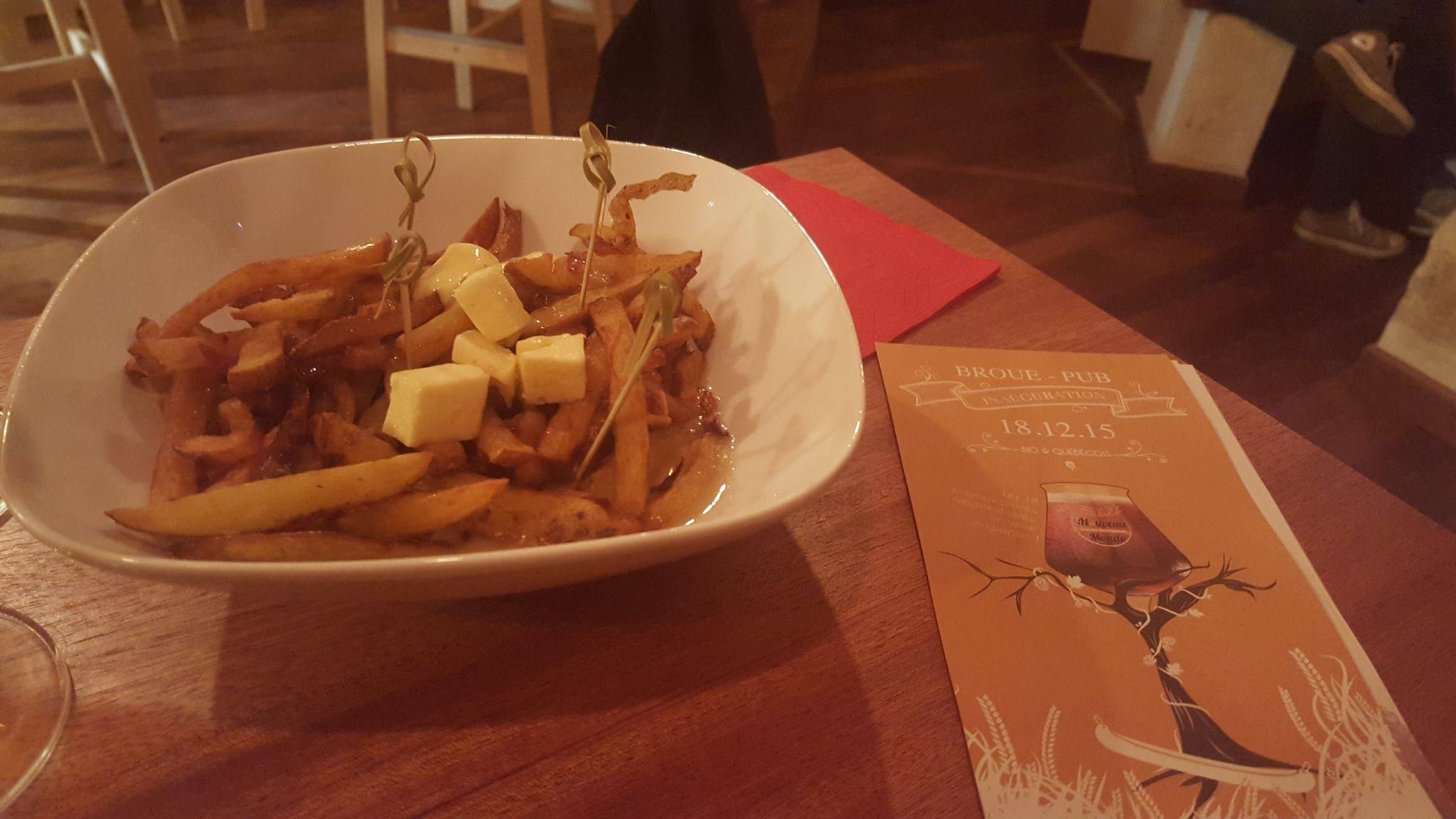 Photo 1: De la poutine à Bordeaux au Nouveau Monde