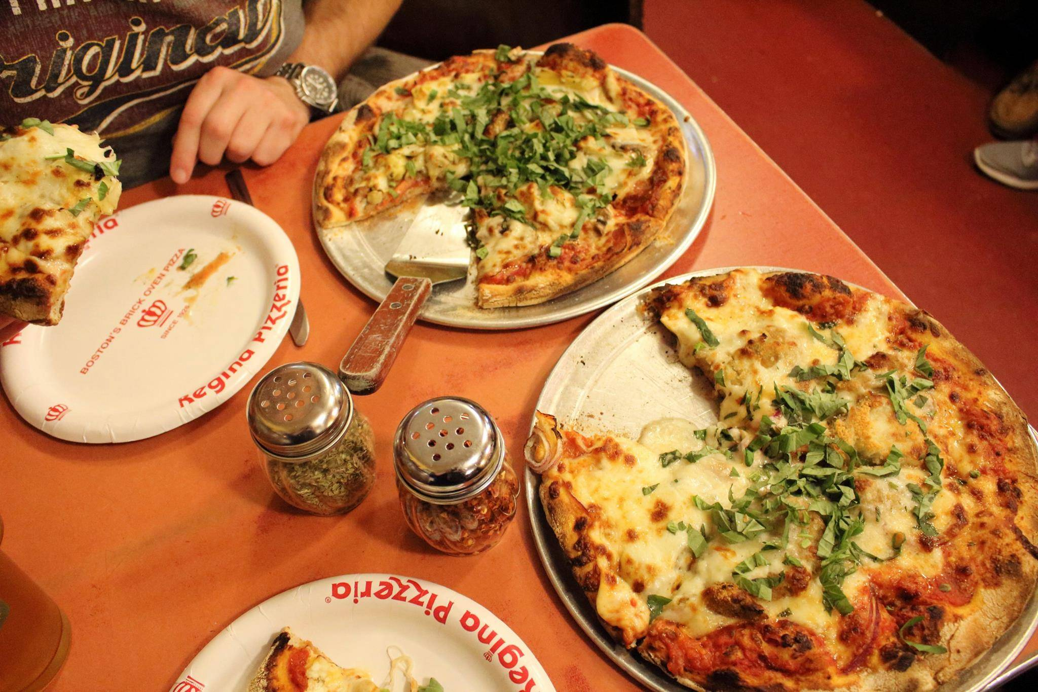 Photo 1: Pizzeria Regina
