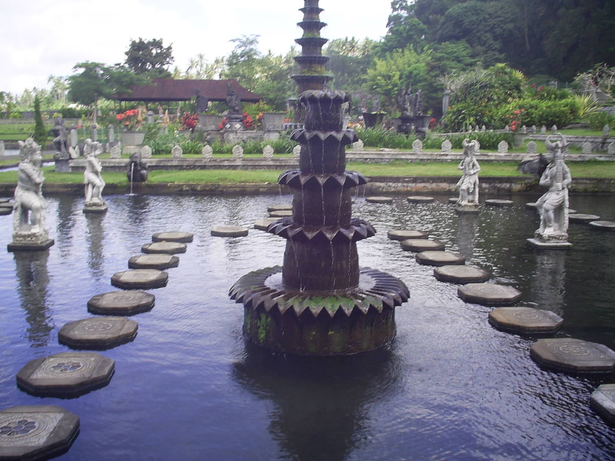 Photo 3: Tirta Gangga, le palais de l'eau