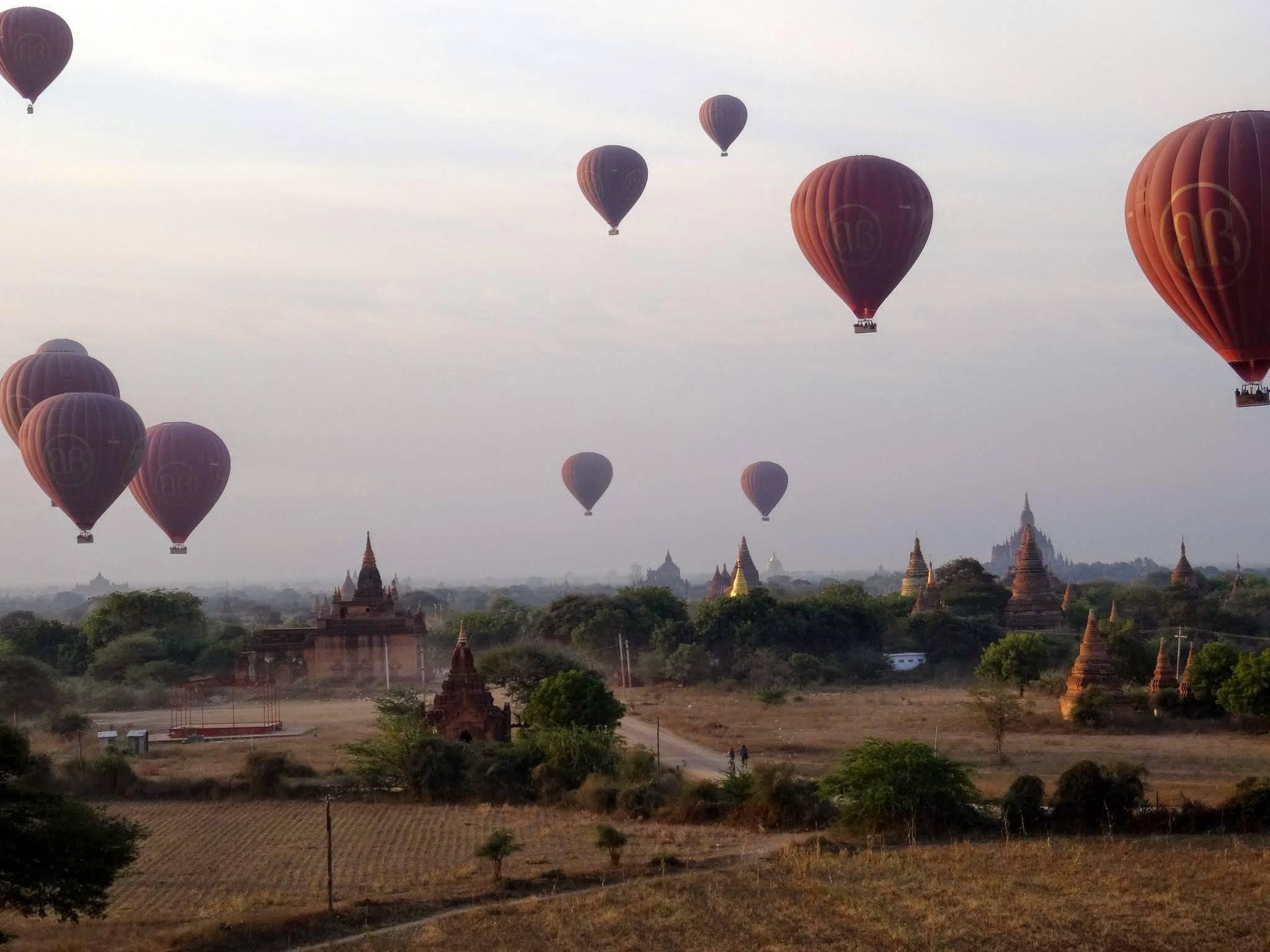 Photo 2: Bagan, l'incontournable site de la Birmanie