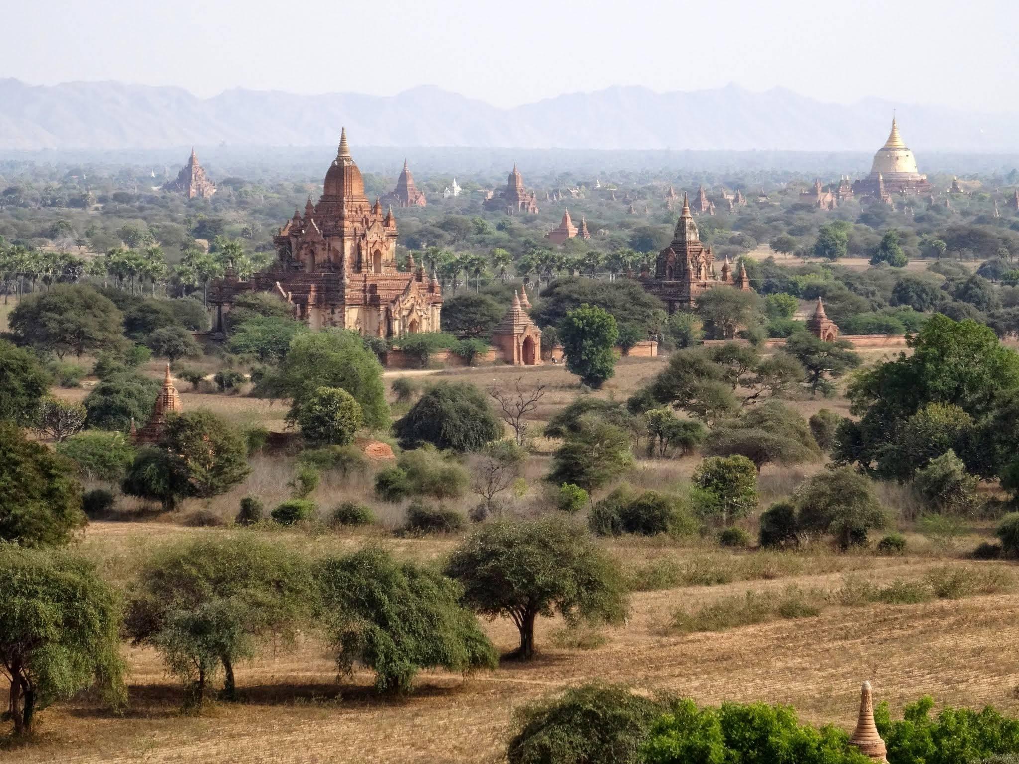 Photo 3: Bagan, l'incontournable site de la Birmanie