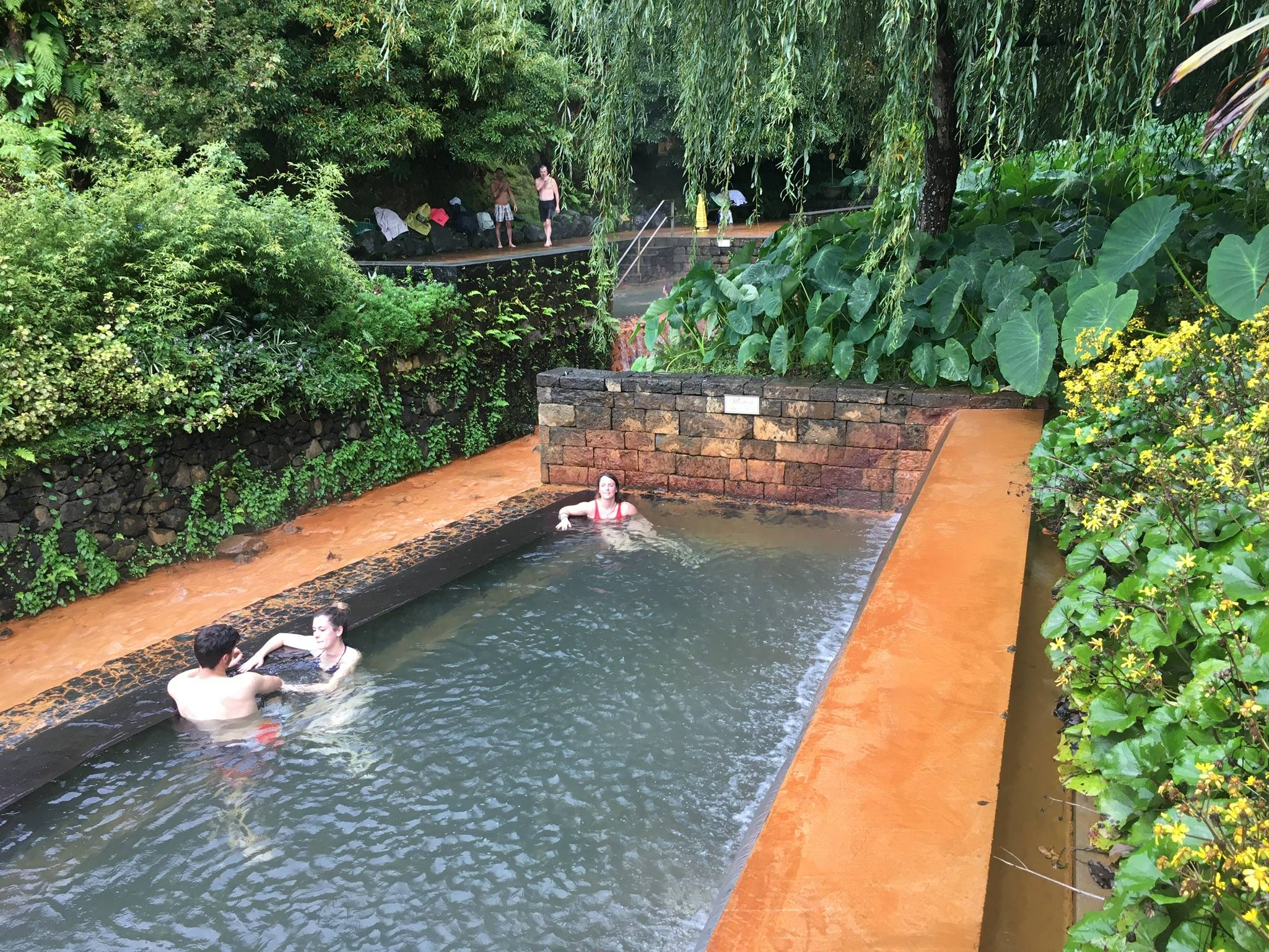 Photo 1: Furnas, bains d'eau chaude