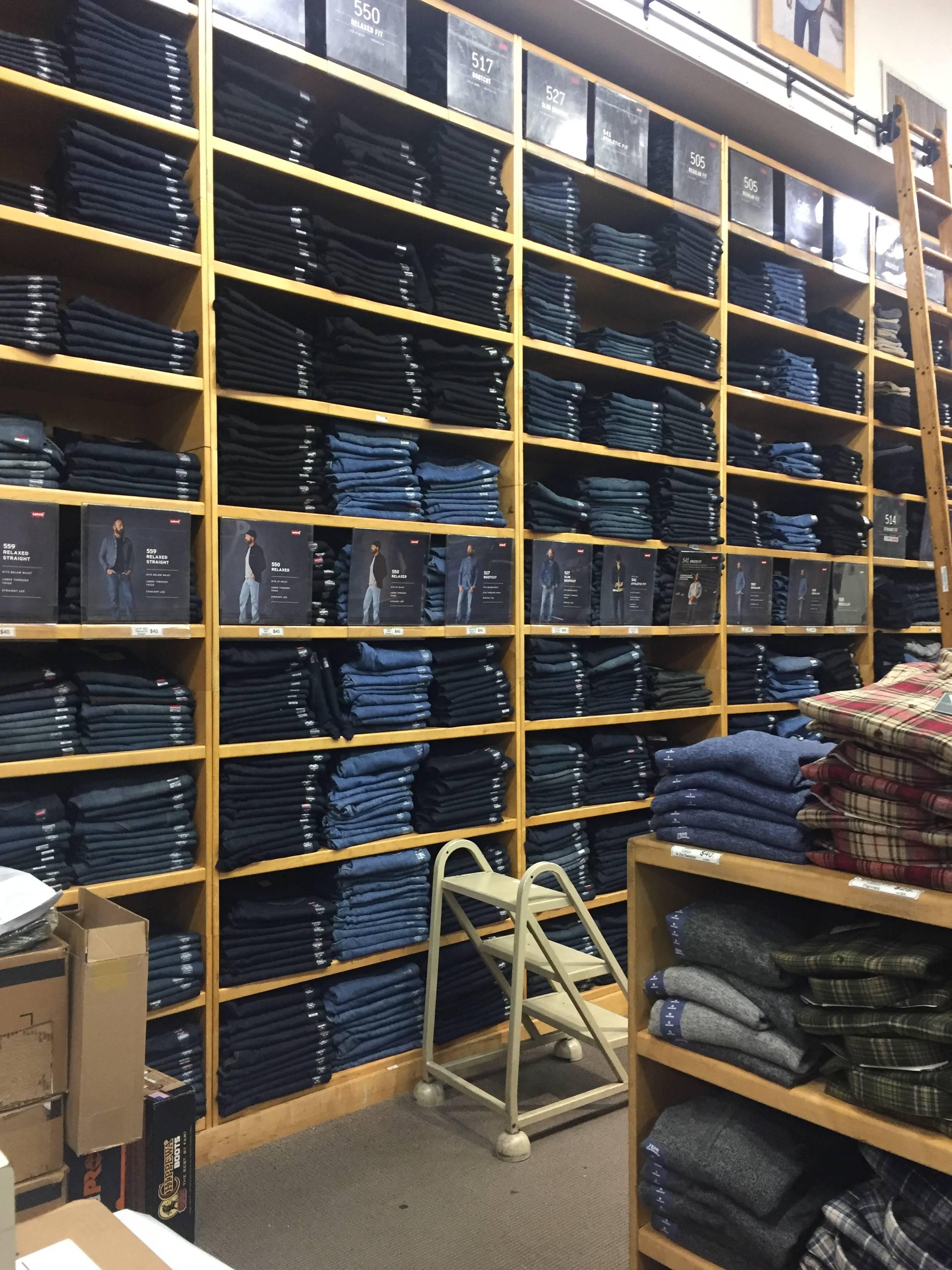 Photo 1: Dave's NY // ton Levi's à prix cadeau