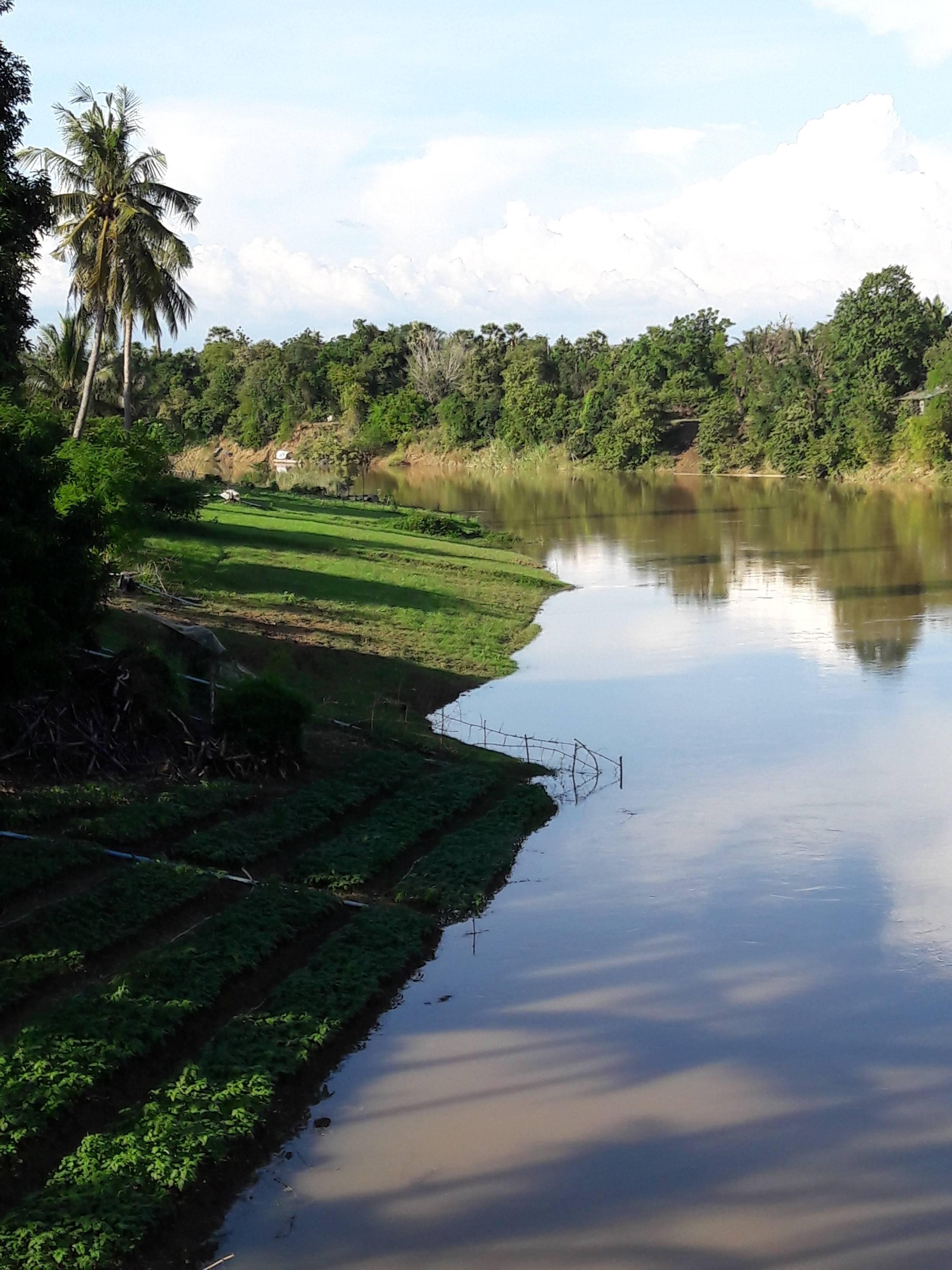 Photo 2: Battambang en dehors des sentiers battus avec Sam