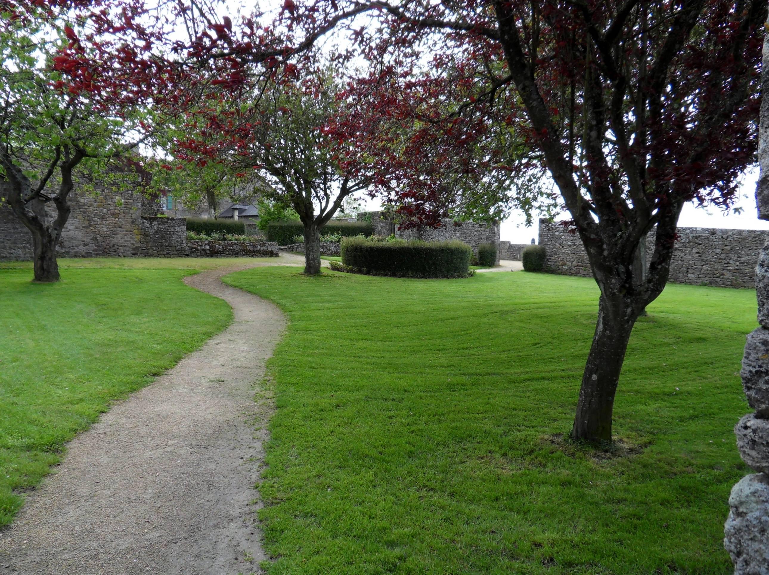 Photo 2: Bécherel, la petite cité du livre