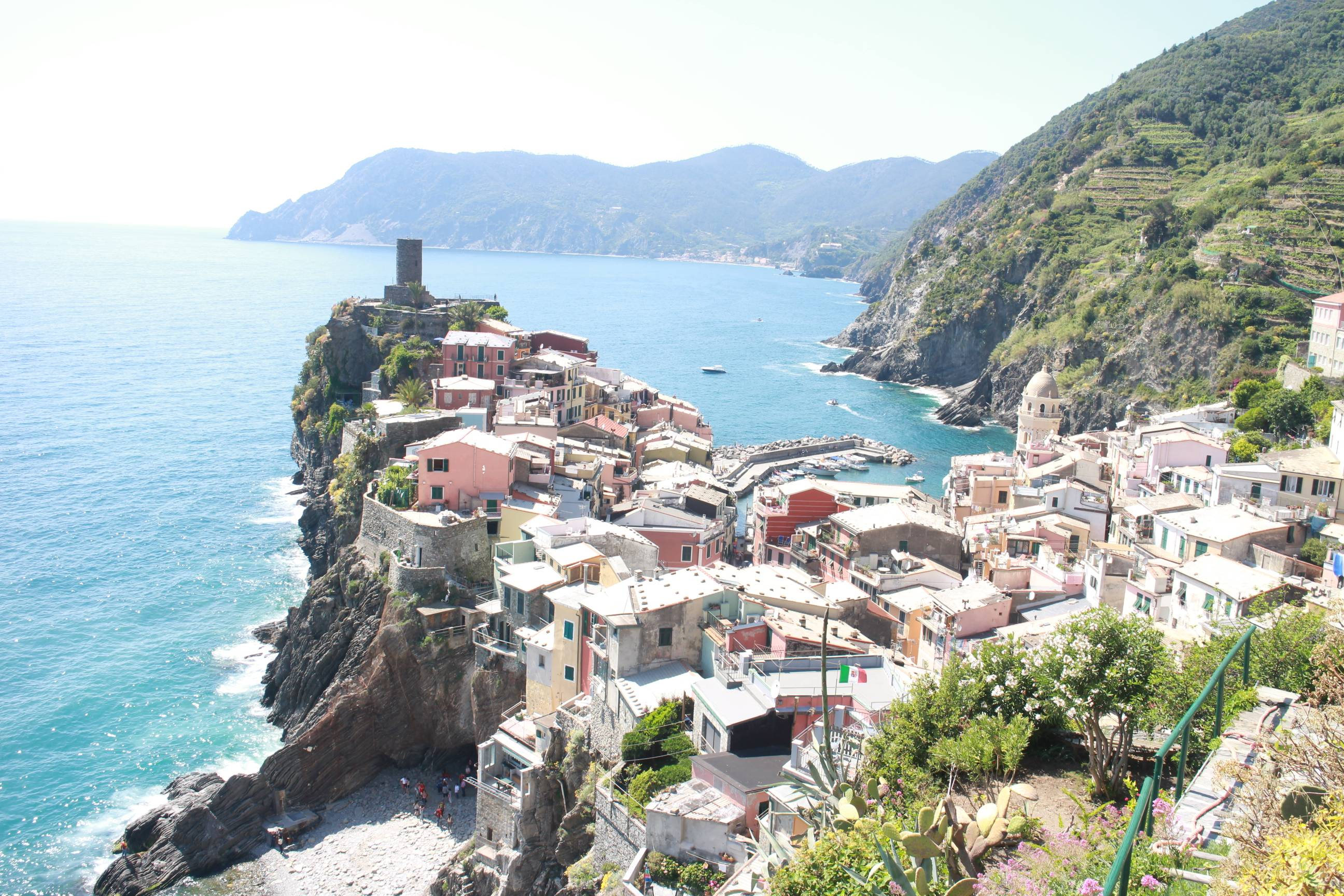 Photo 1: Les cinque terre, 5 villages de rêve en Italie