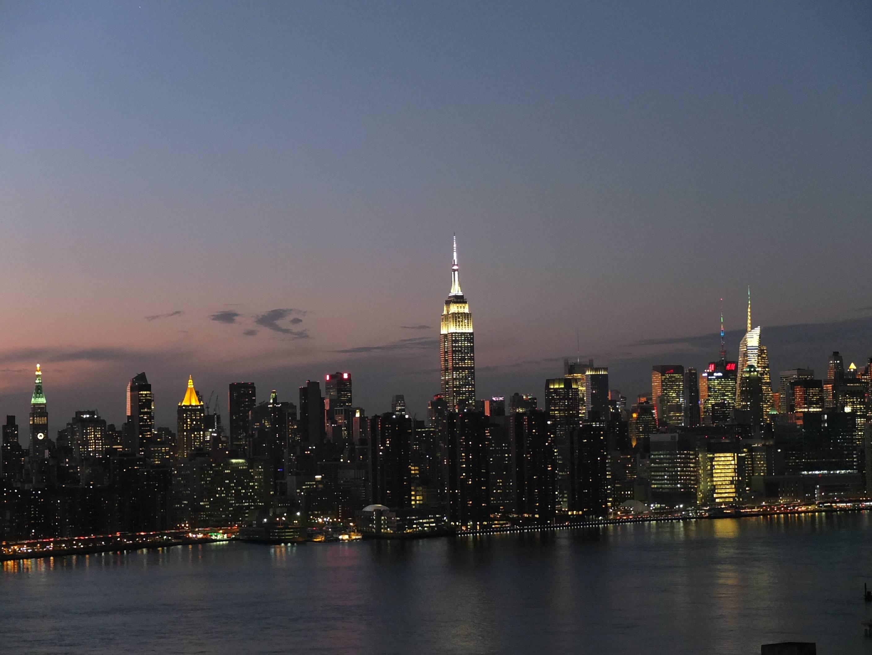 Photo 1: Le rooftop Westlight, la plus belle vue de Manhattan depuis Brooklyn !