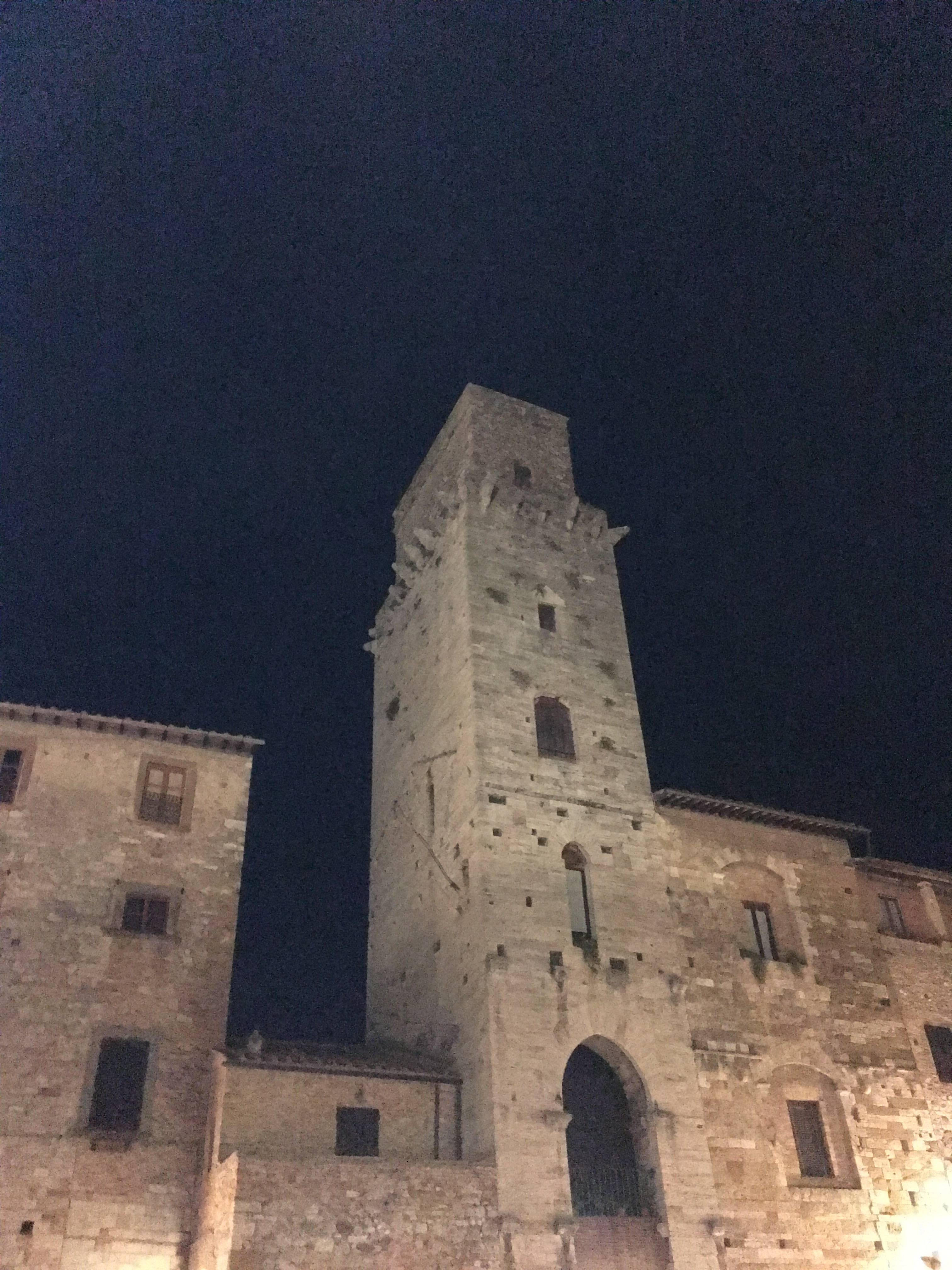 Photo 3: San gimignano, petit village magnfique proche de Florence