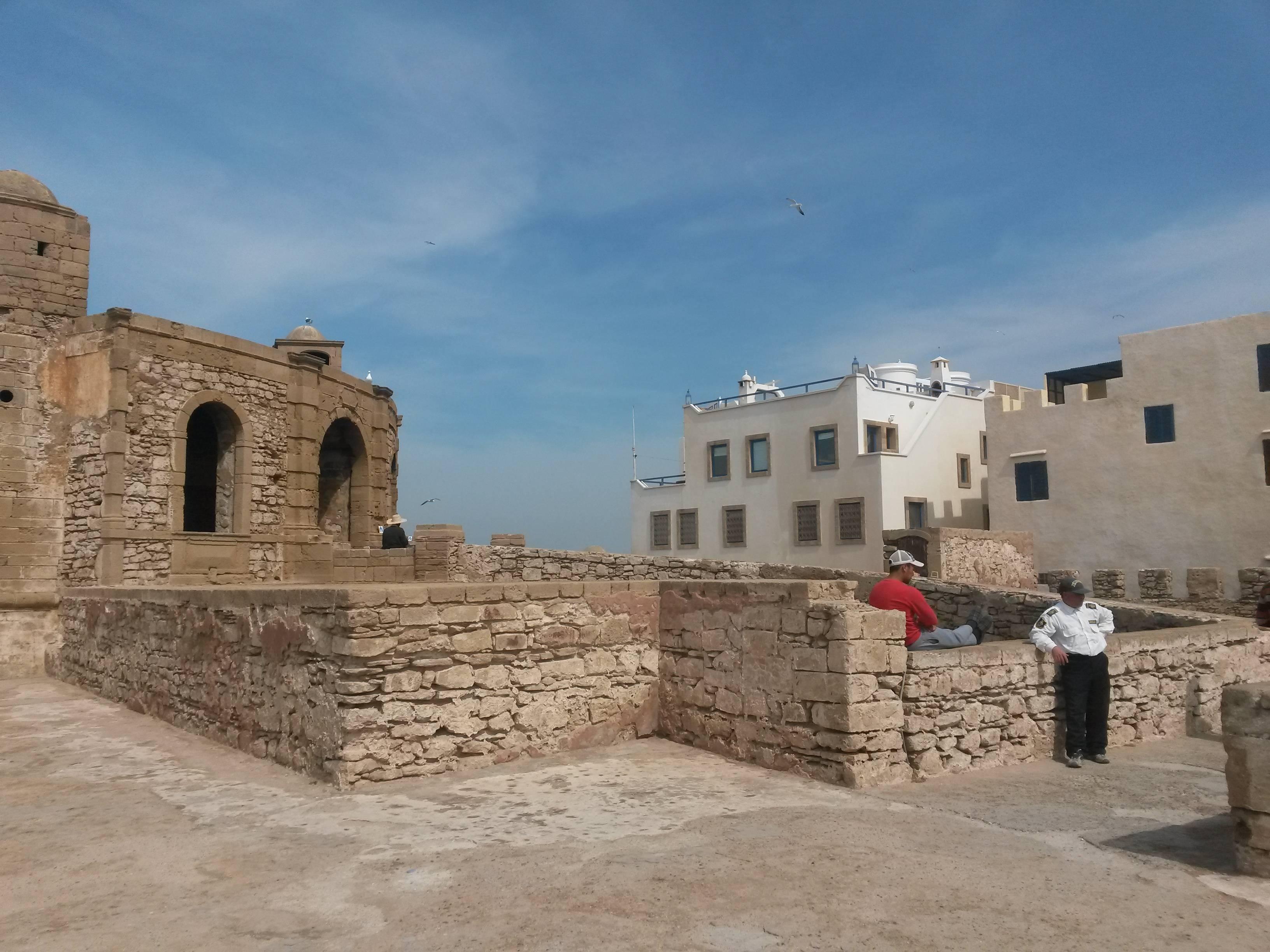 Photo 1: Une balade sur les remparts d'Essaouira