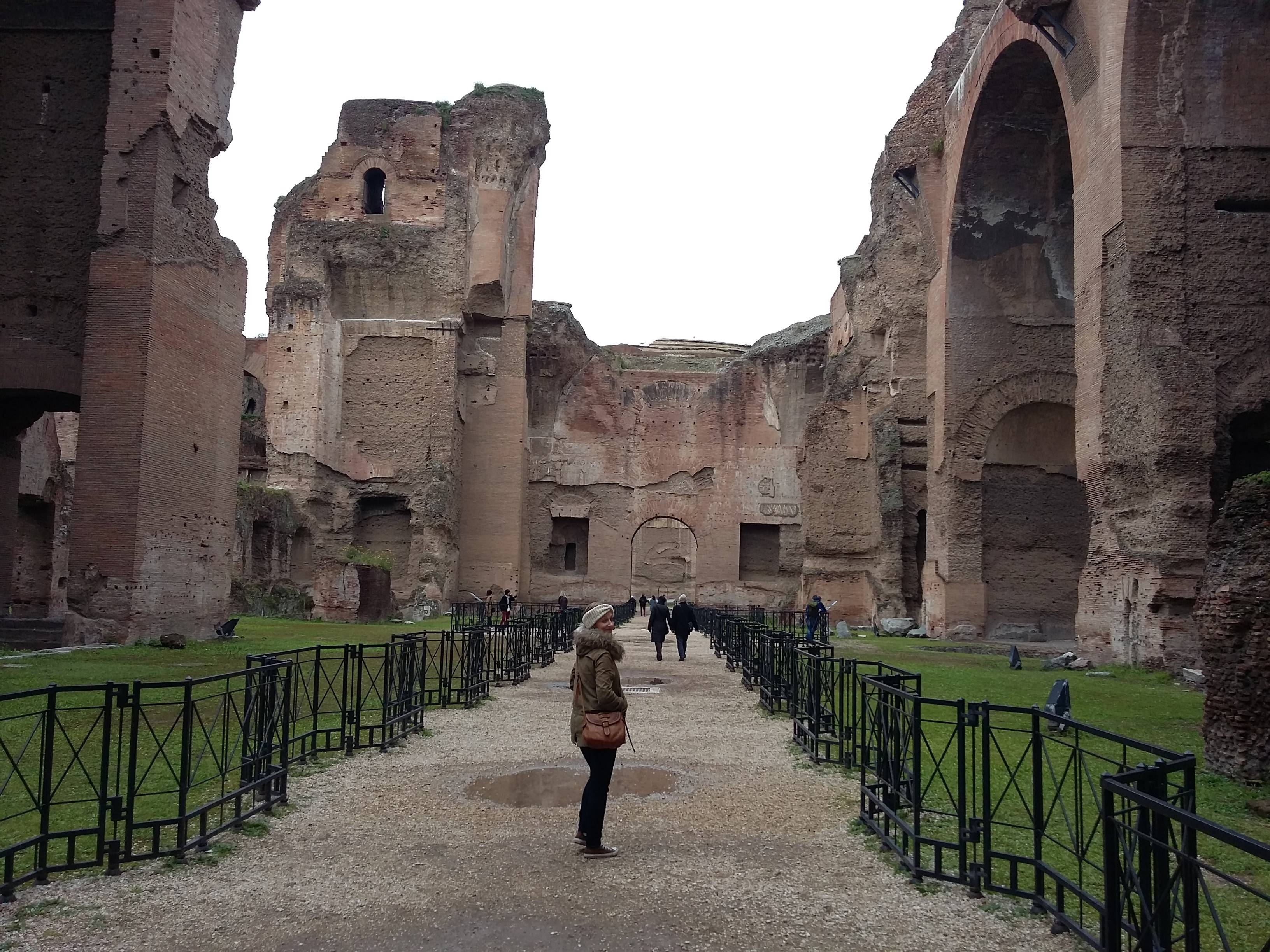 Photo 1: Les thermes de Caracalla, le gigantisme romain
