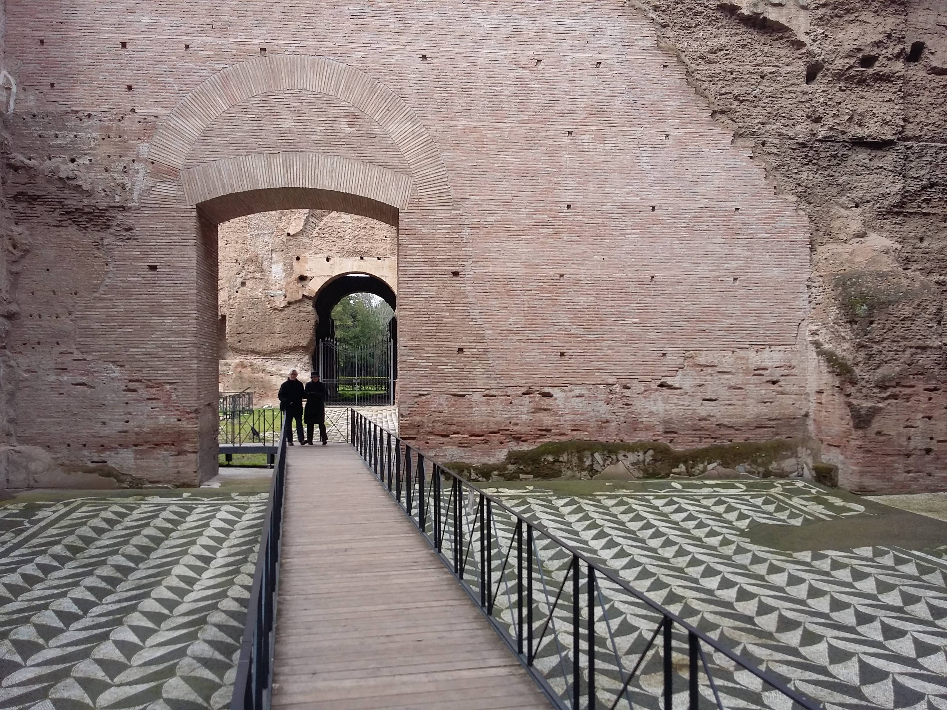 Photo 3: Les thermes de Caracalla, le gigantisme romain