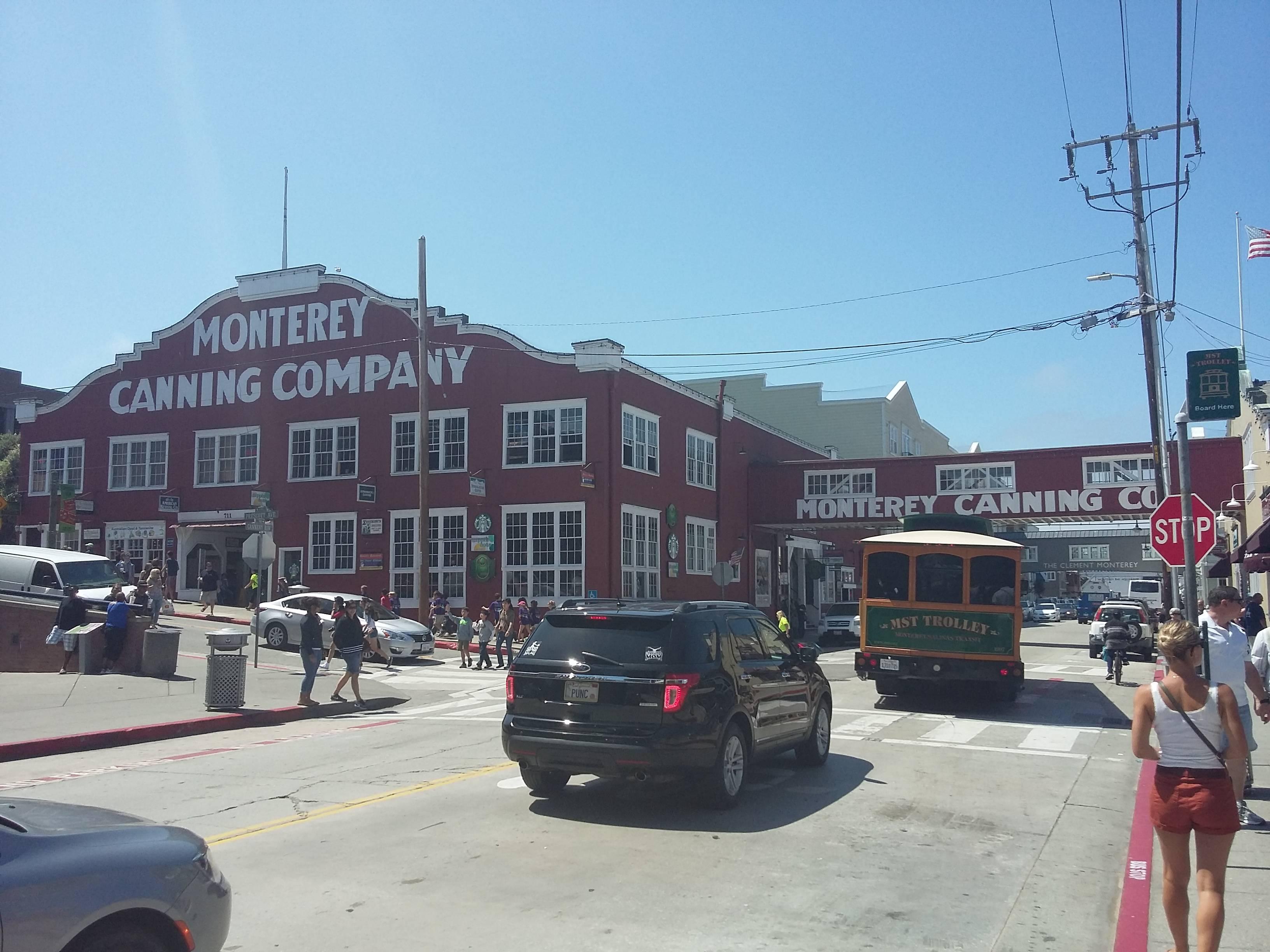 Photo 1: Monterey - de la conserverie à l'aquarium