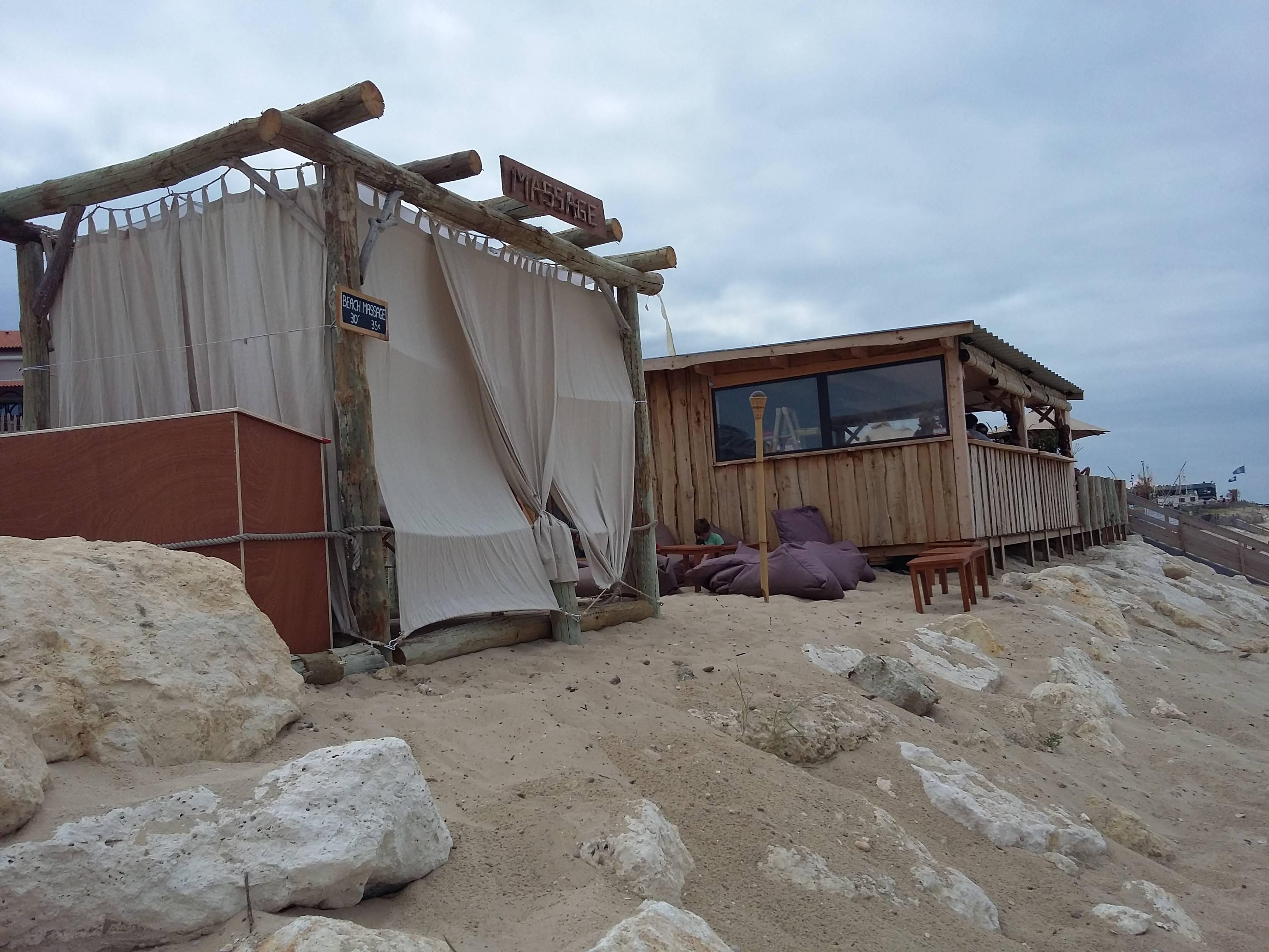 Photo 3: Massage face à l'océan à Lacanau
