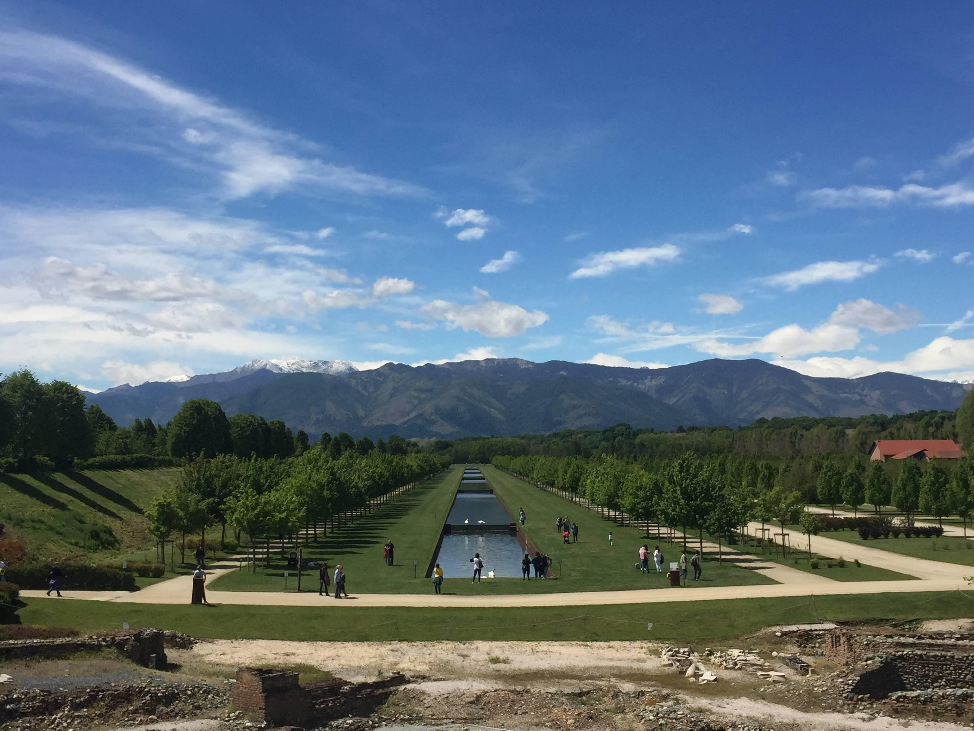 Photo 2: Turin l'oubliée ! Replendissante au travers de ses palaces, montagnes et arcades