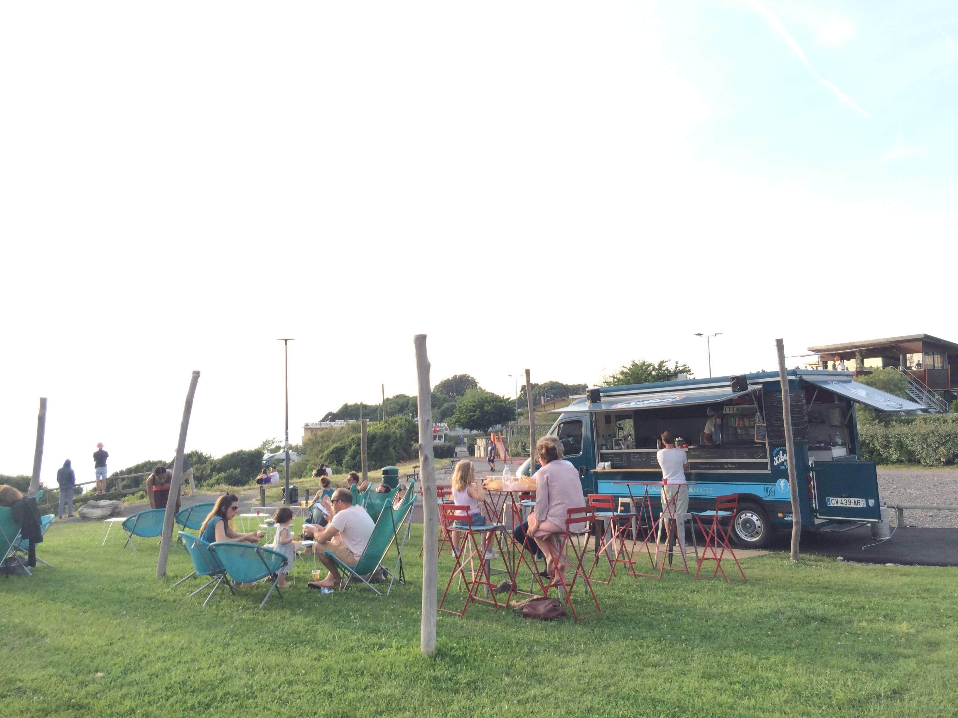 Photo 1: Le food truck de lafitenia
