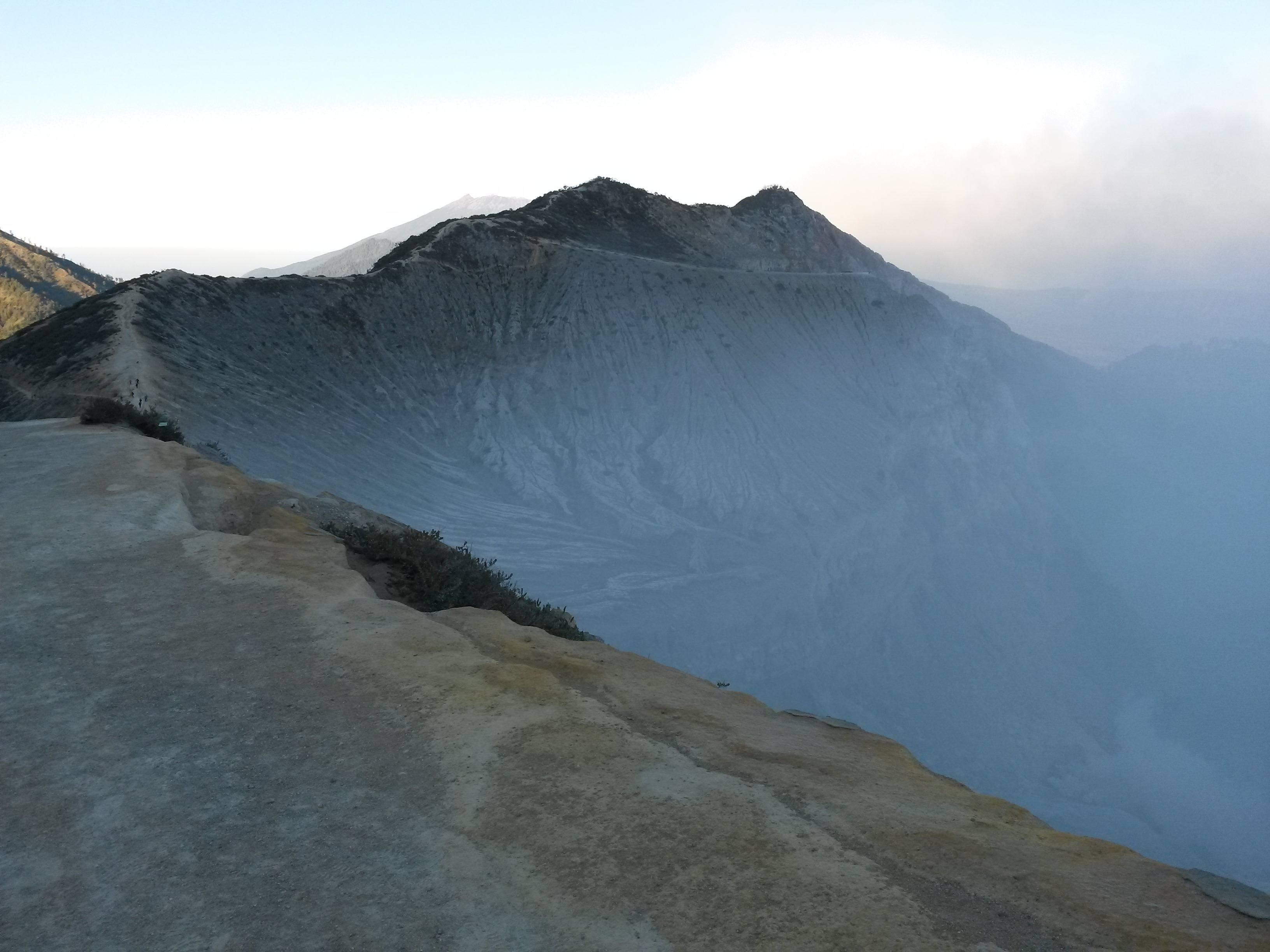 Photo 2: Le Kawah Ijen, une expérience unique.