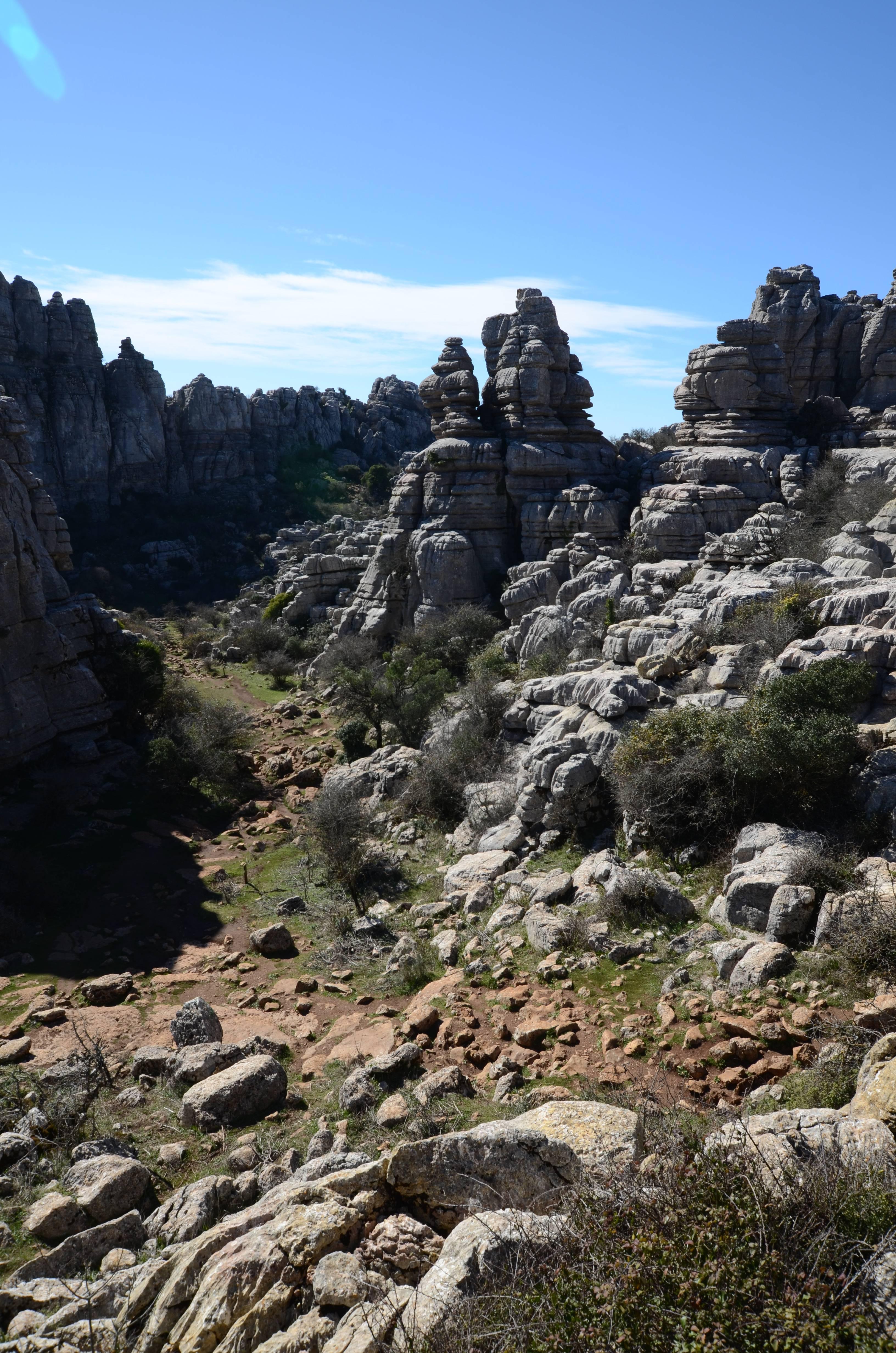 Photo 2: Un site de rochers sculptés par l'eau