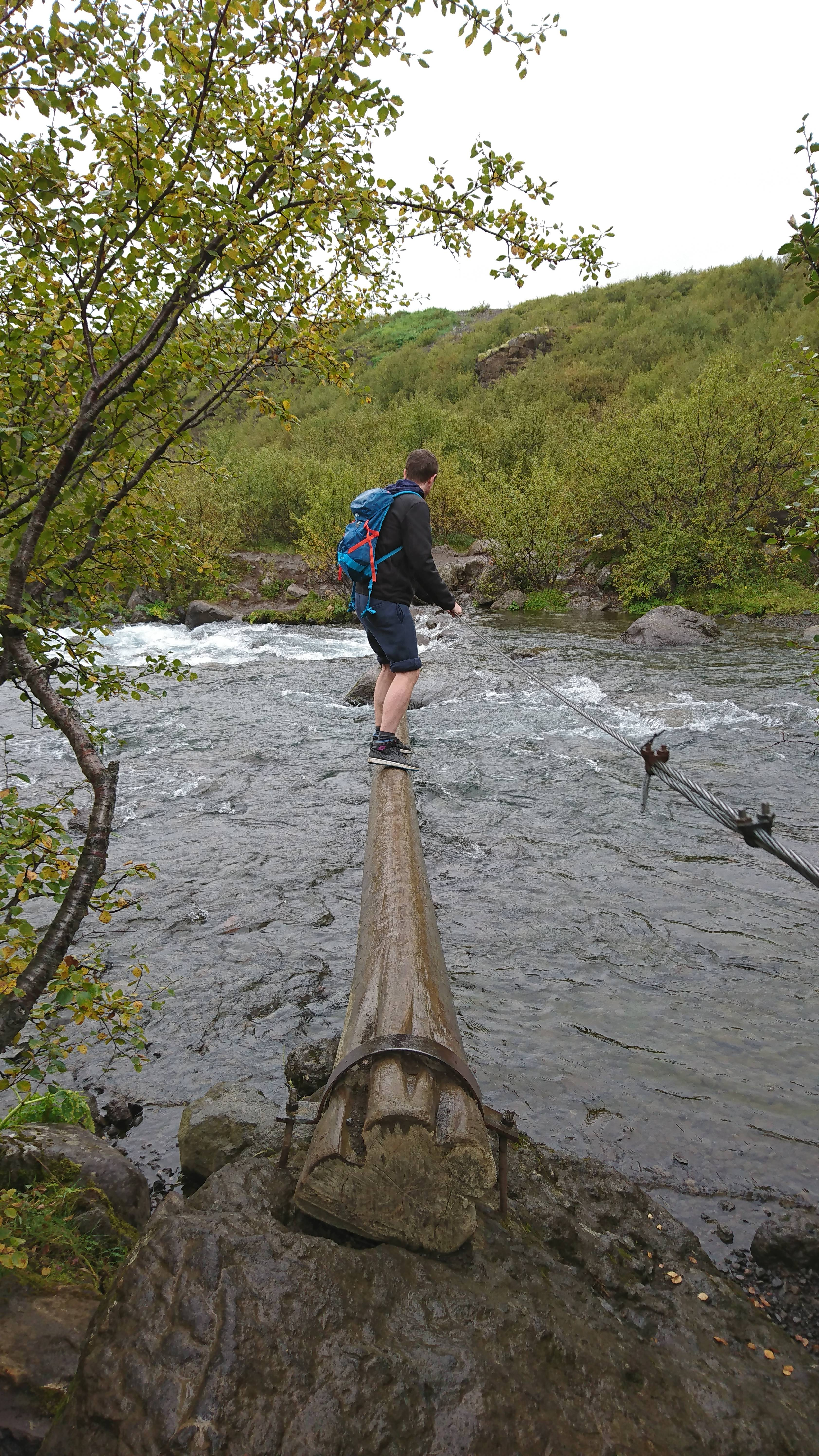 Photo 2: Glymur, une cascade bien cachée !
