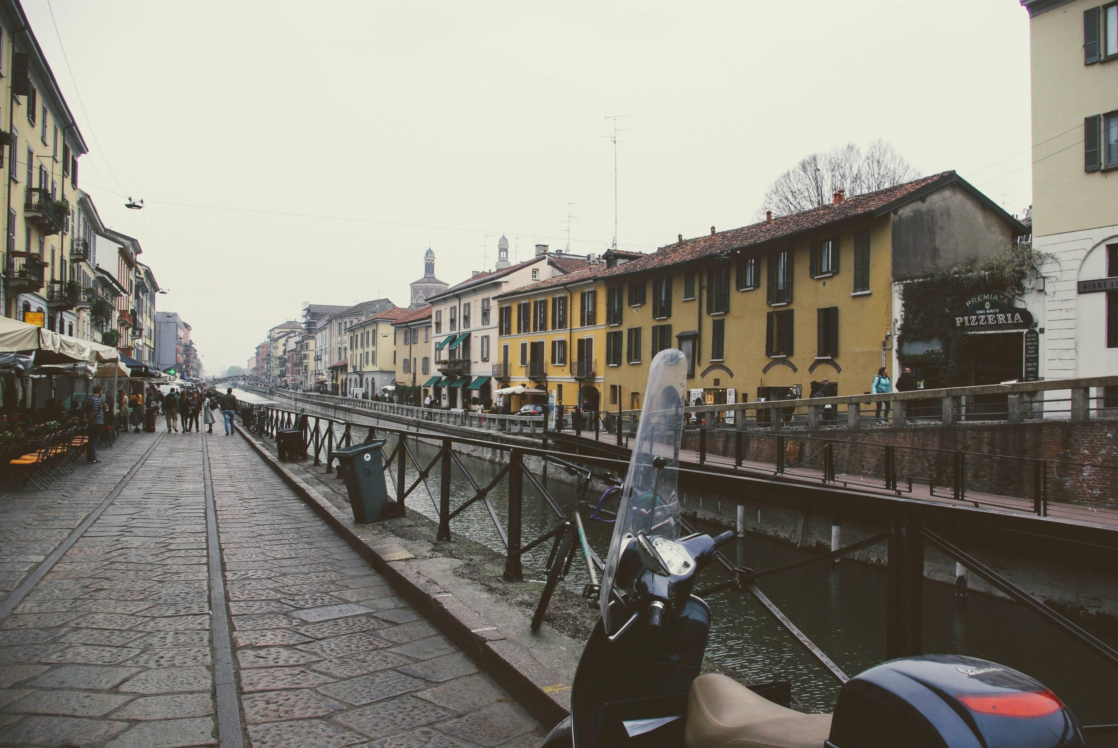 Photo 3: Aperitivo sur les Navigli