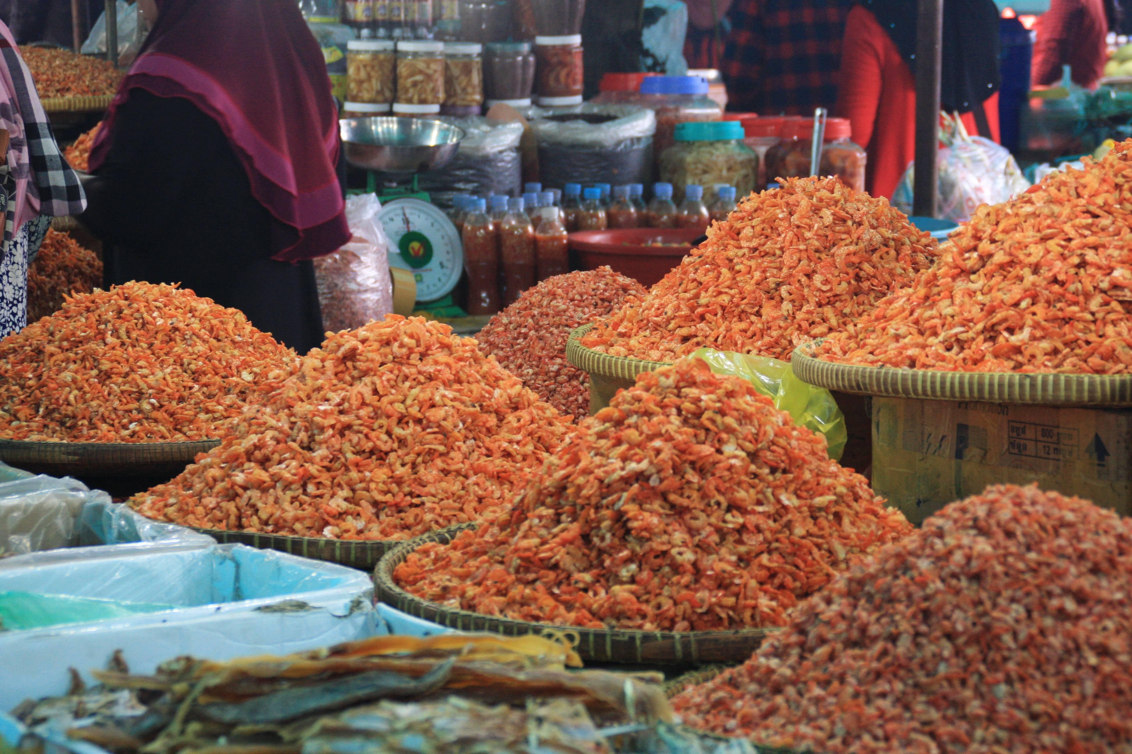 Photo 1: Marché aux crabes de Kep