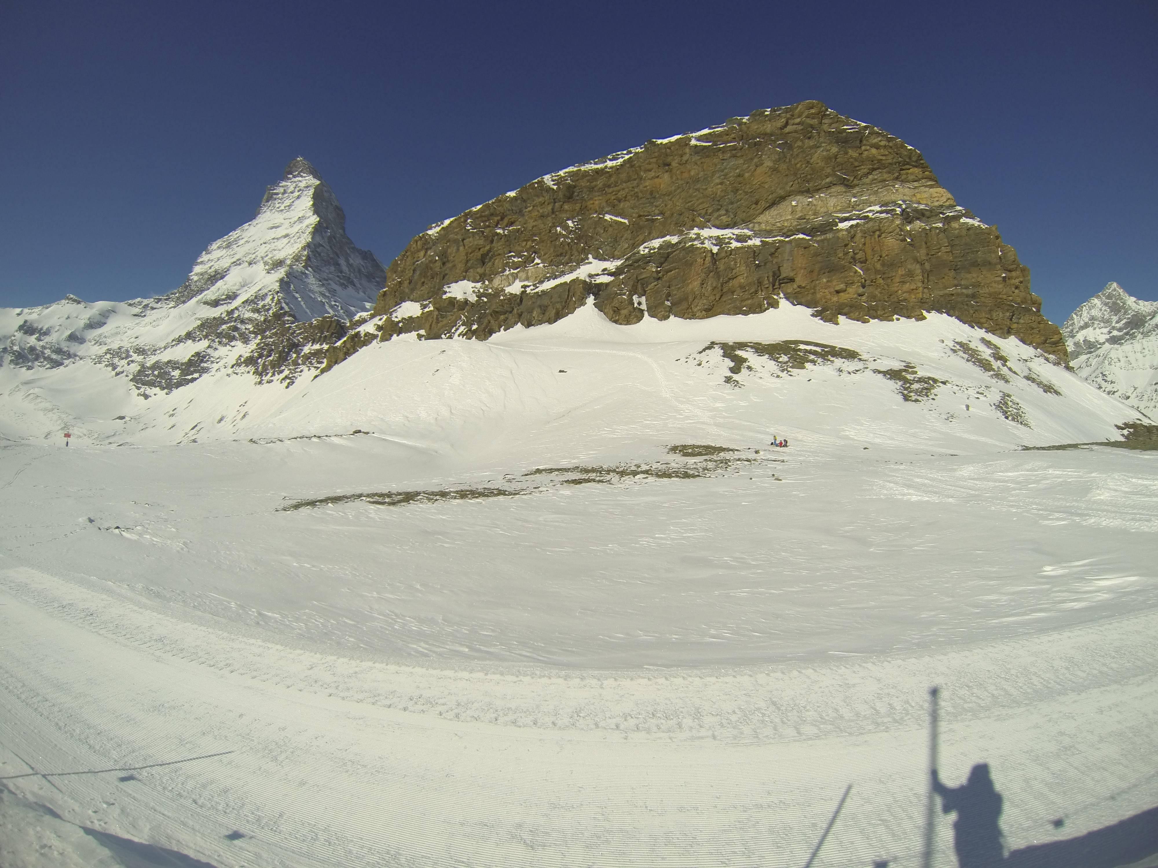 Photo 2: Zermatt : vue sur la montagne de Toblerone !