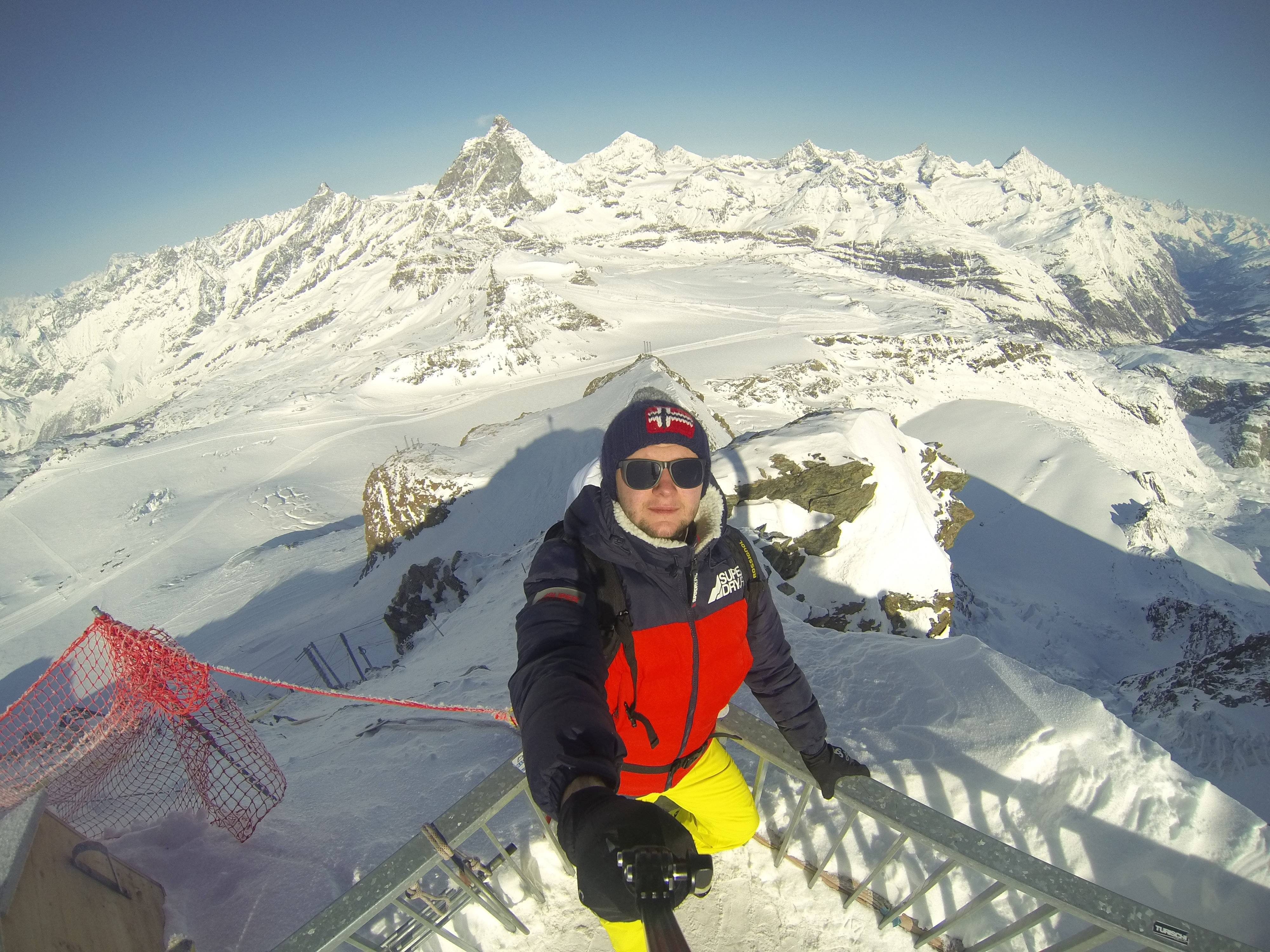 Photo 3: Zermatt : vue sur la montagne de Toblerone !