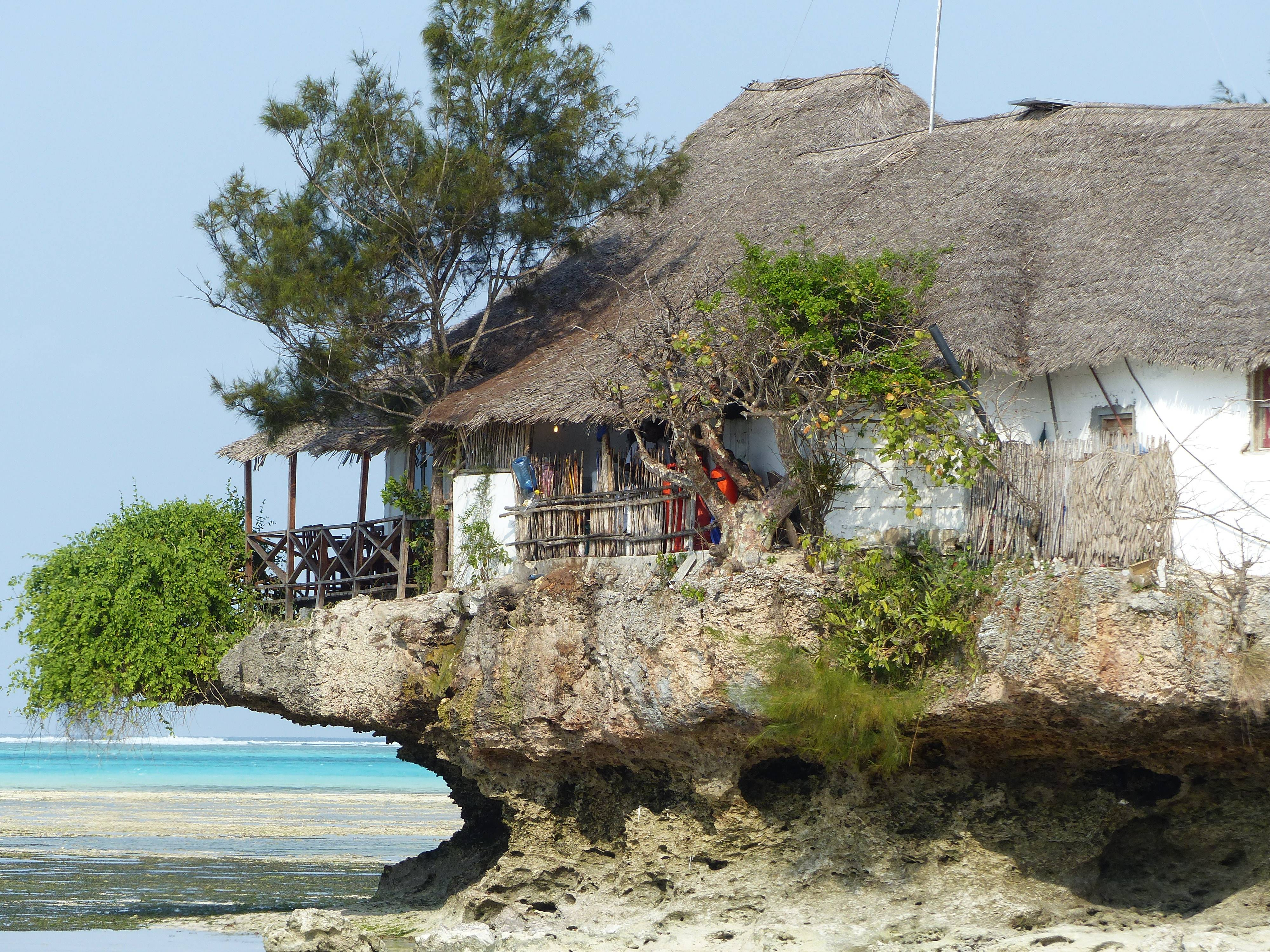 Photo 1: TANZANIE ZANZIBAR - THE ROCK