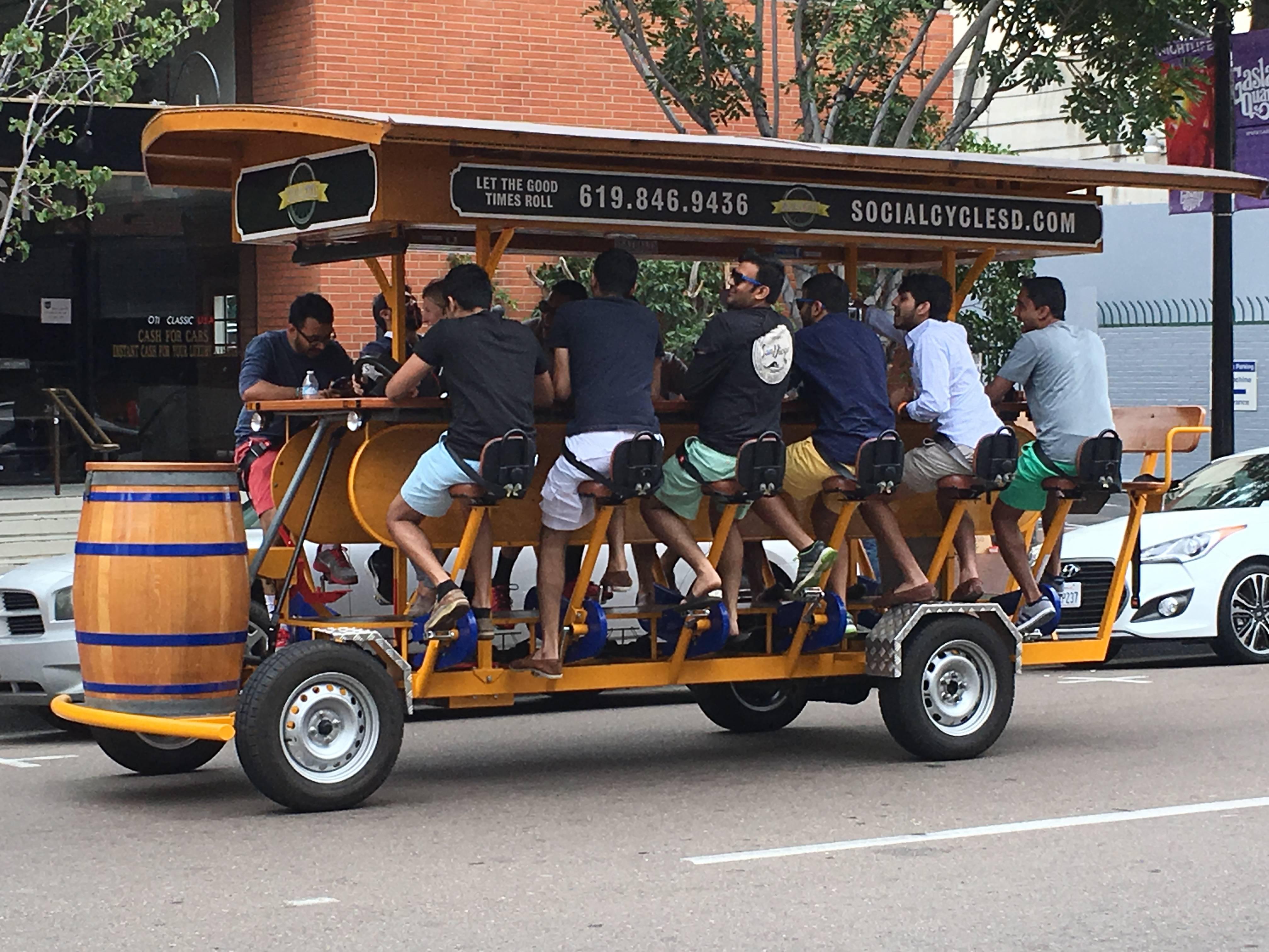 Photo 1: Vélo Bière entre copains