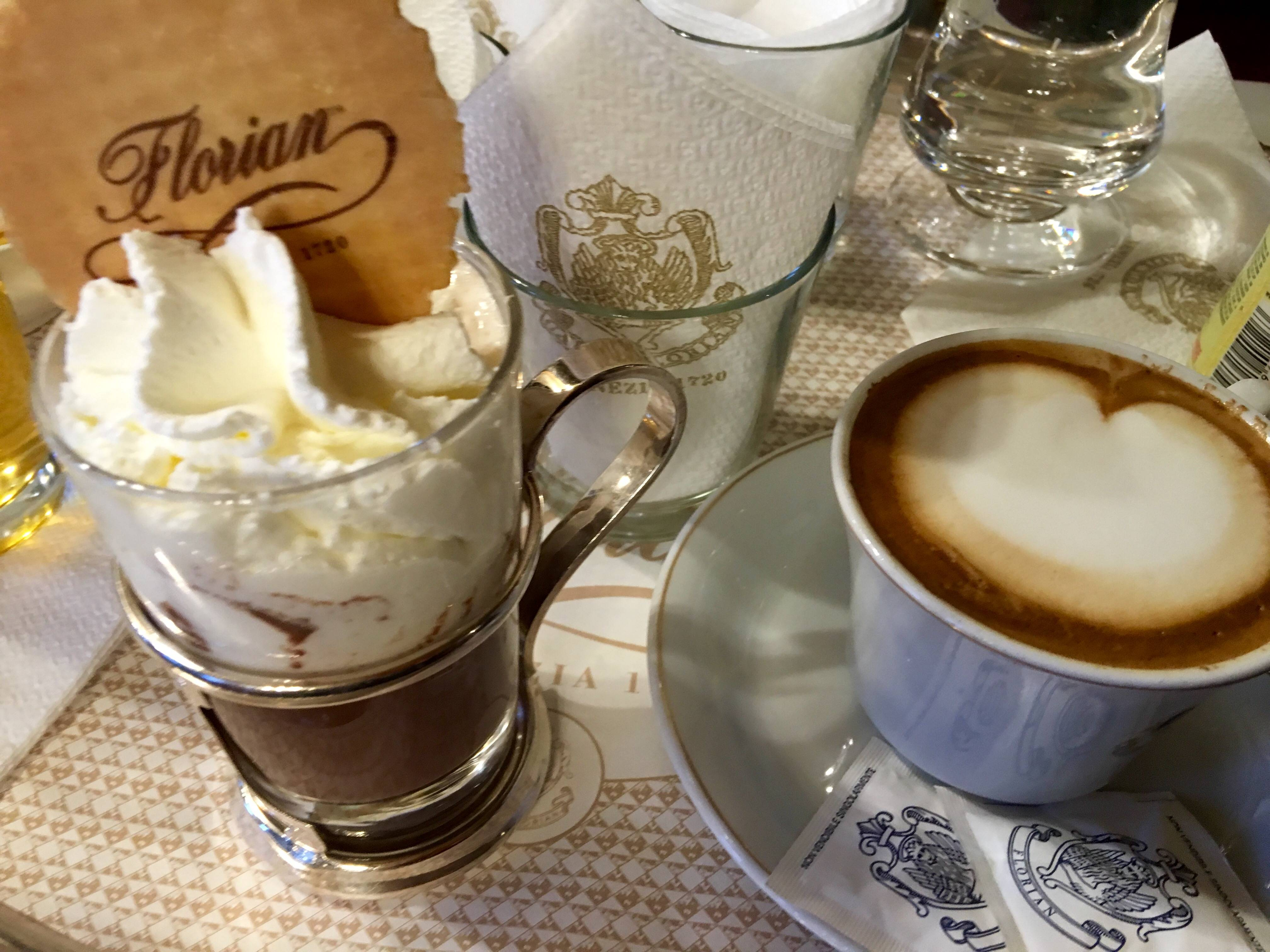 Photo 1: Café Florian - Un café mythique