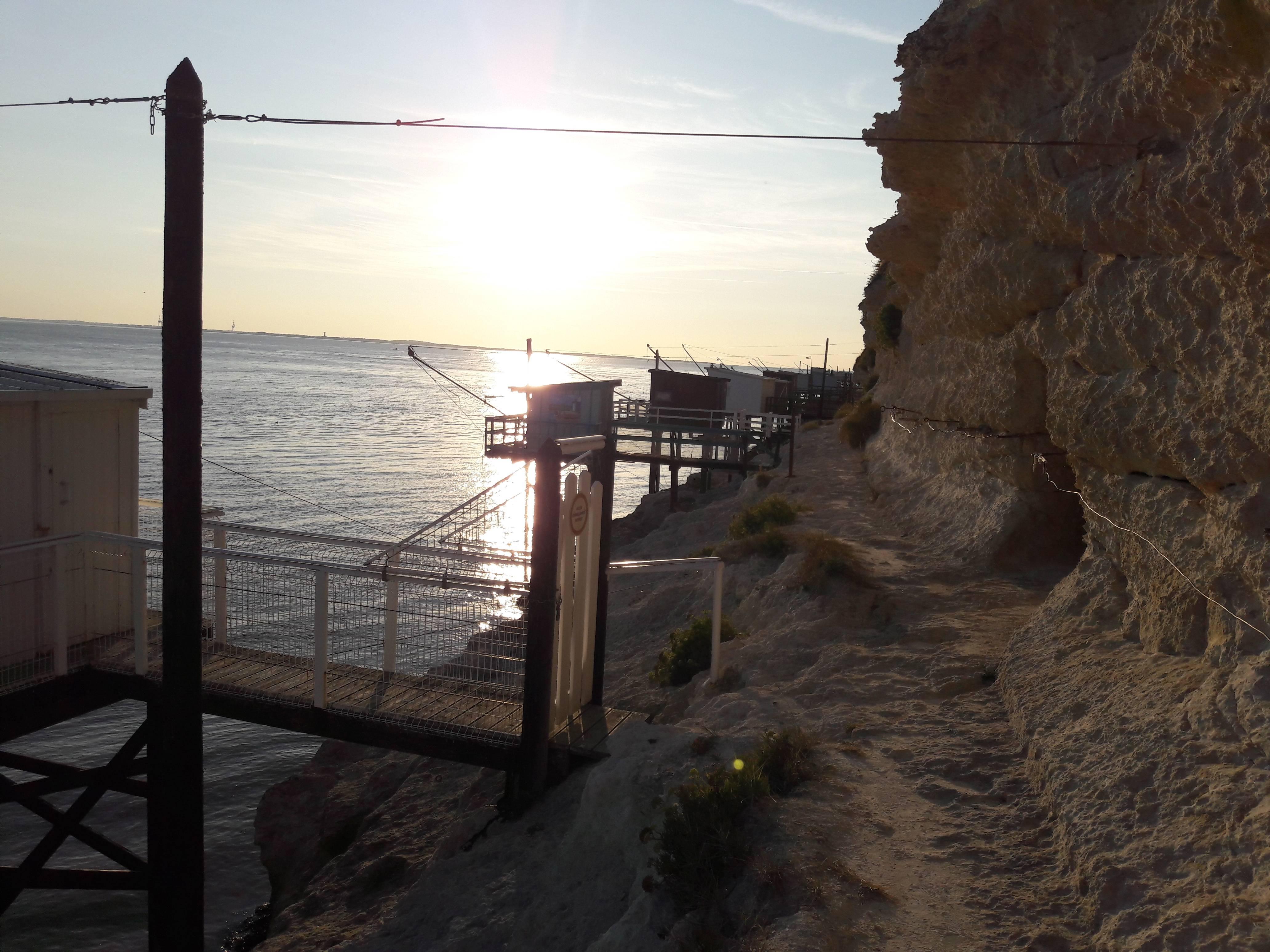 Photo 2: Balade au pied des falaises de Meschers sur Gironde