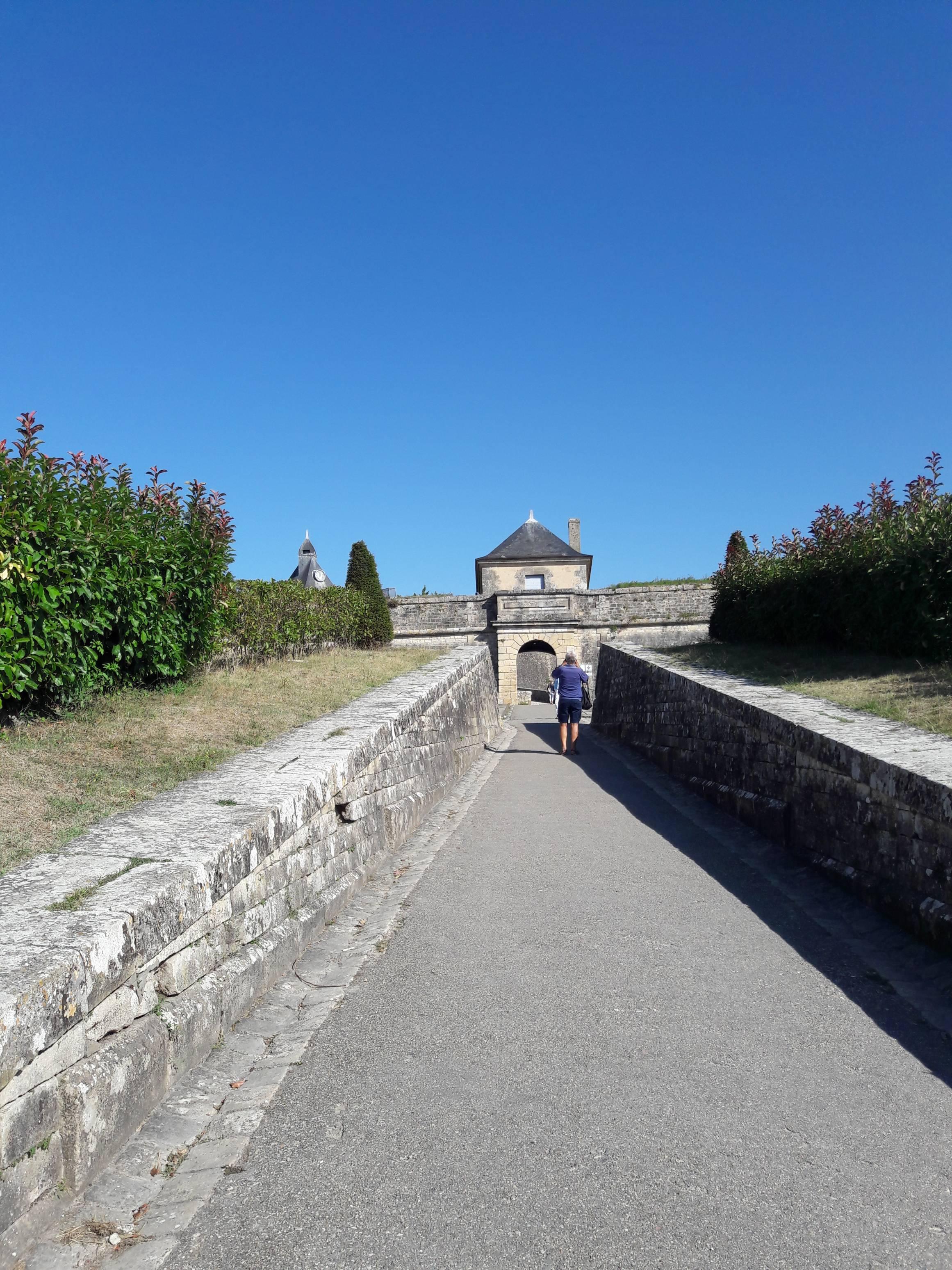 Photo 3: Promenade dans la citadelle de Blaye