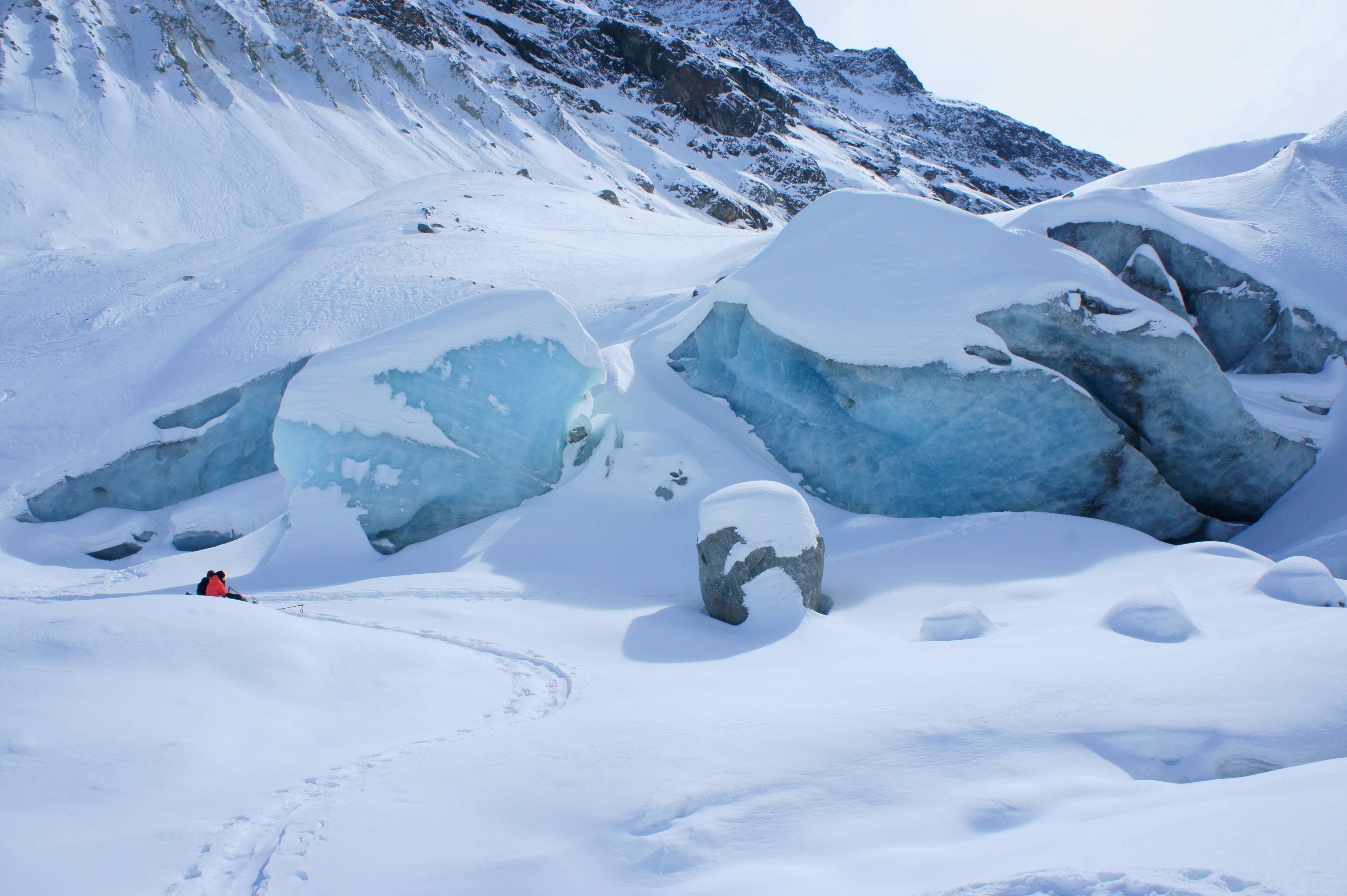 Photo 1: Au cœur d'un glacier : Zinal
