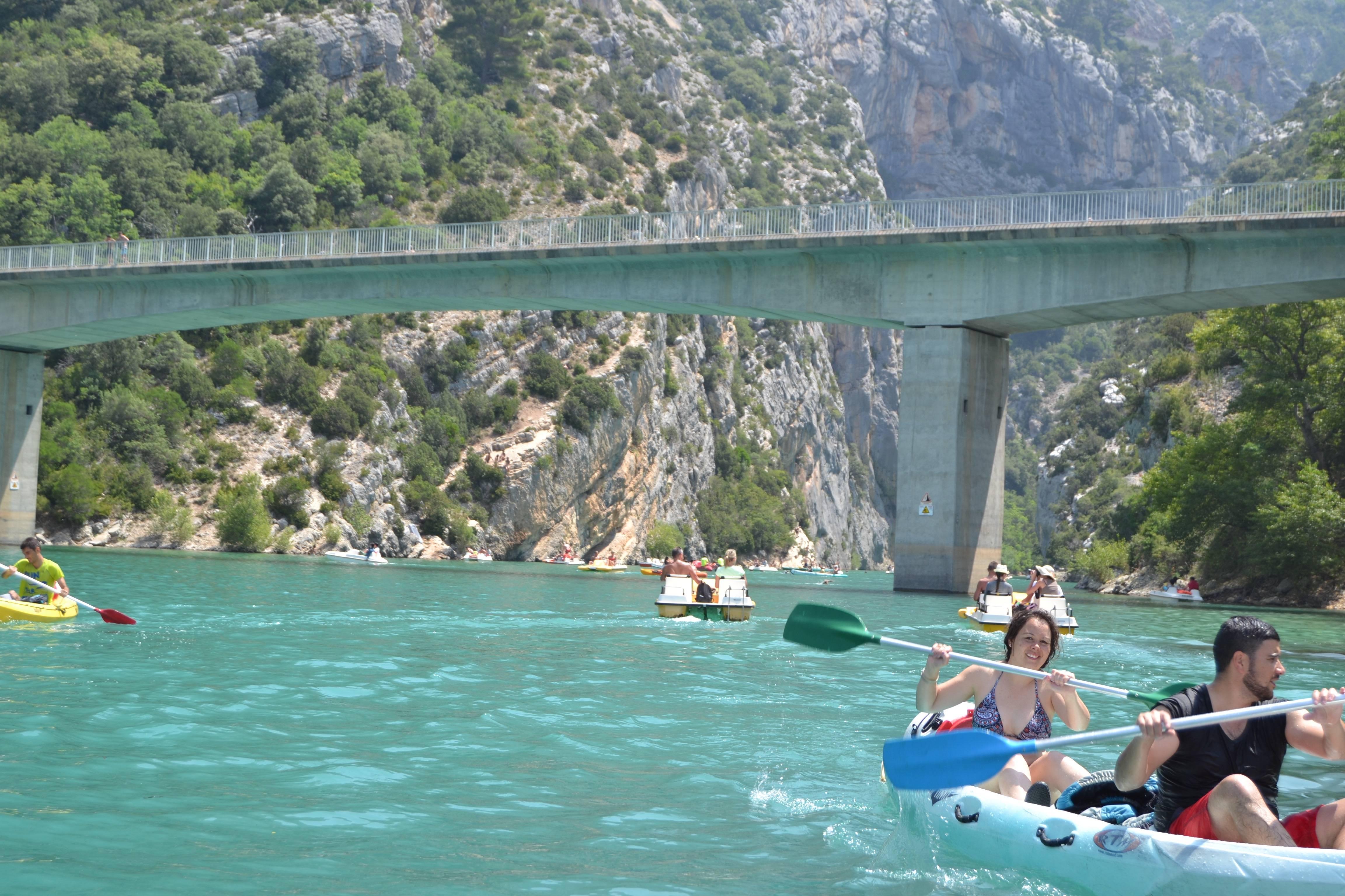 Photo 1: Baignade au lac de sainte croix dans les Gorges du Verdon