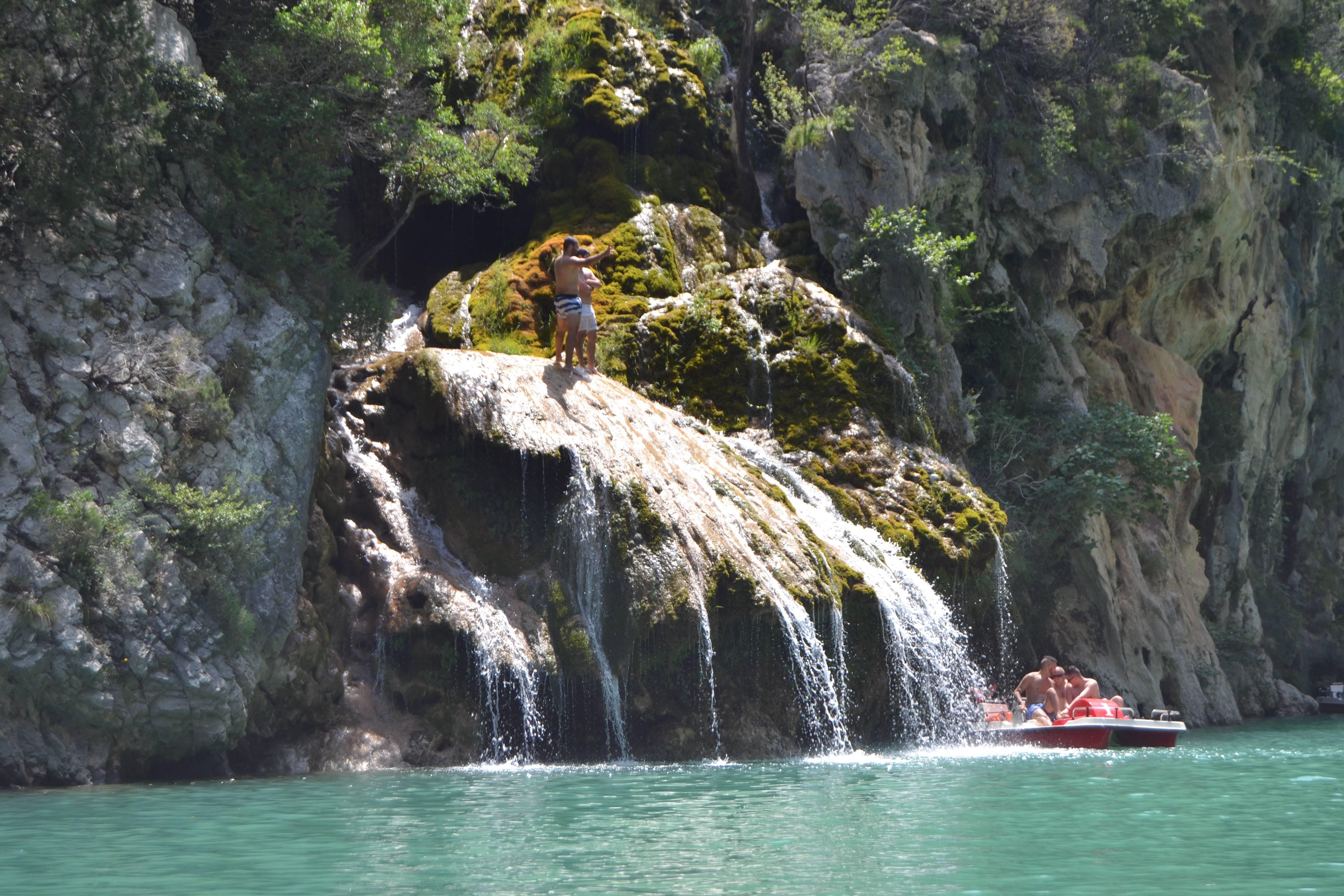 Photo 3: Baignade au lac de sainte croix dans les Gorges du Verdon